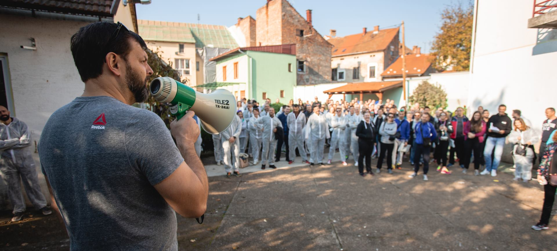 Tele2 djelatnici proslavili rođendan radno-humanitarnom akcijom