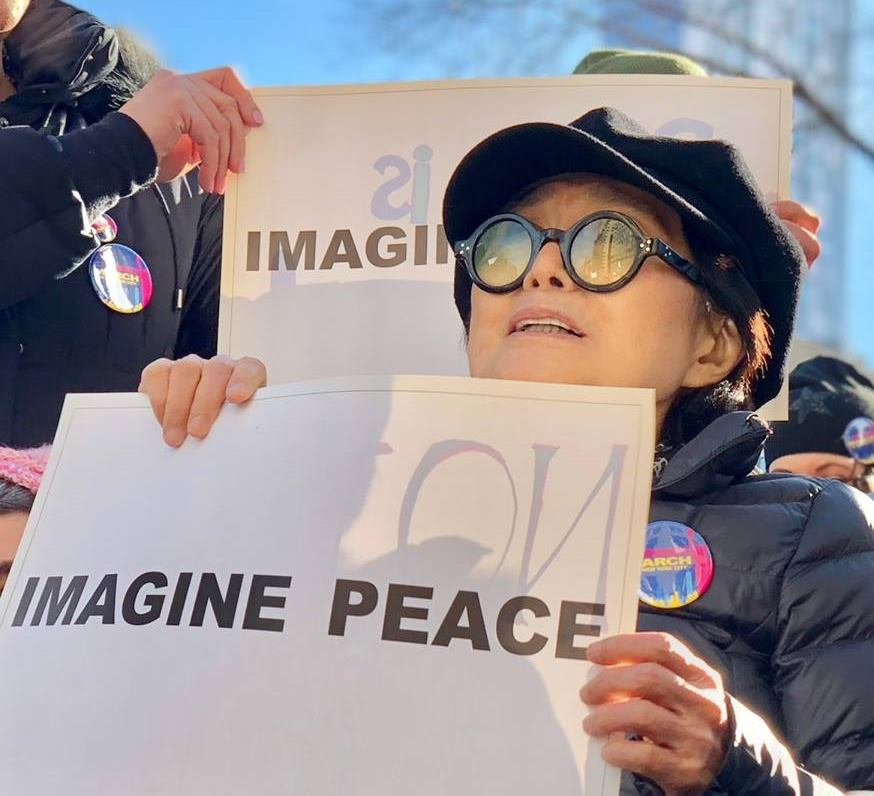 VIDEO: Universal Pictures želi surađivati s Yoko Ono
