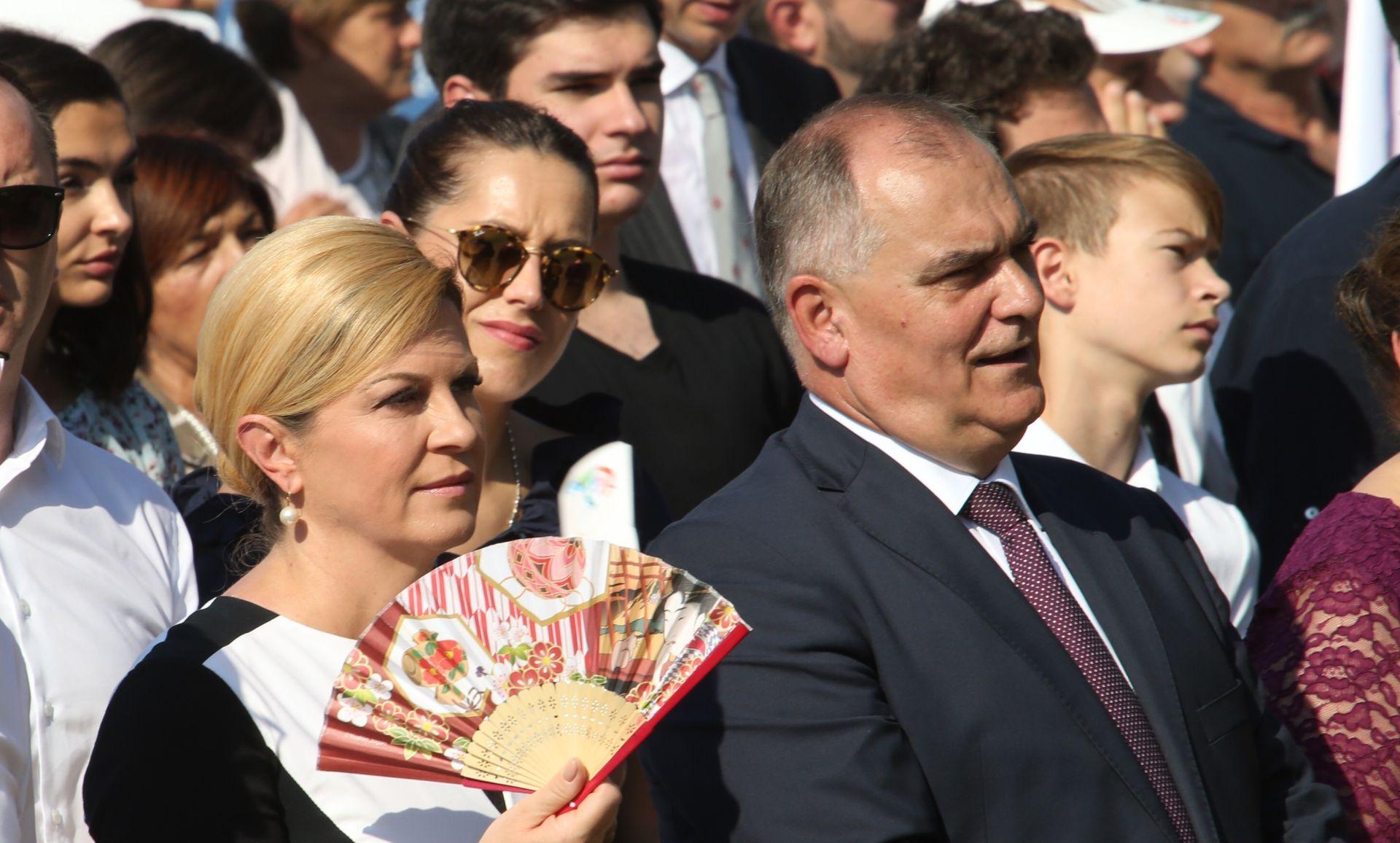 """MIŠEVI KOLO VODE"" Boban se ograđuje od Bekavca"