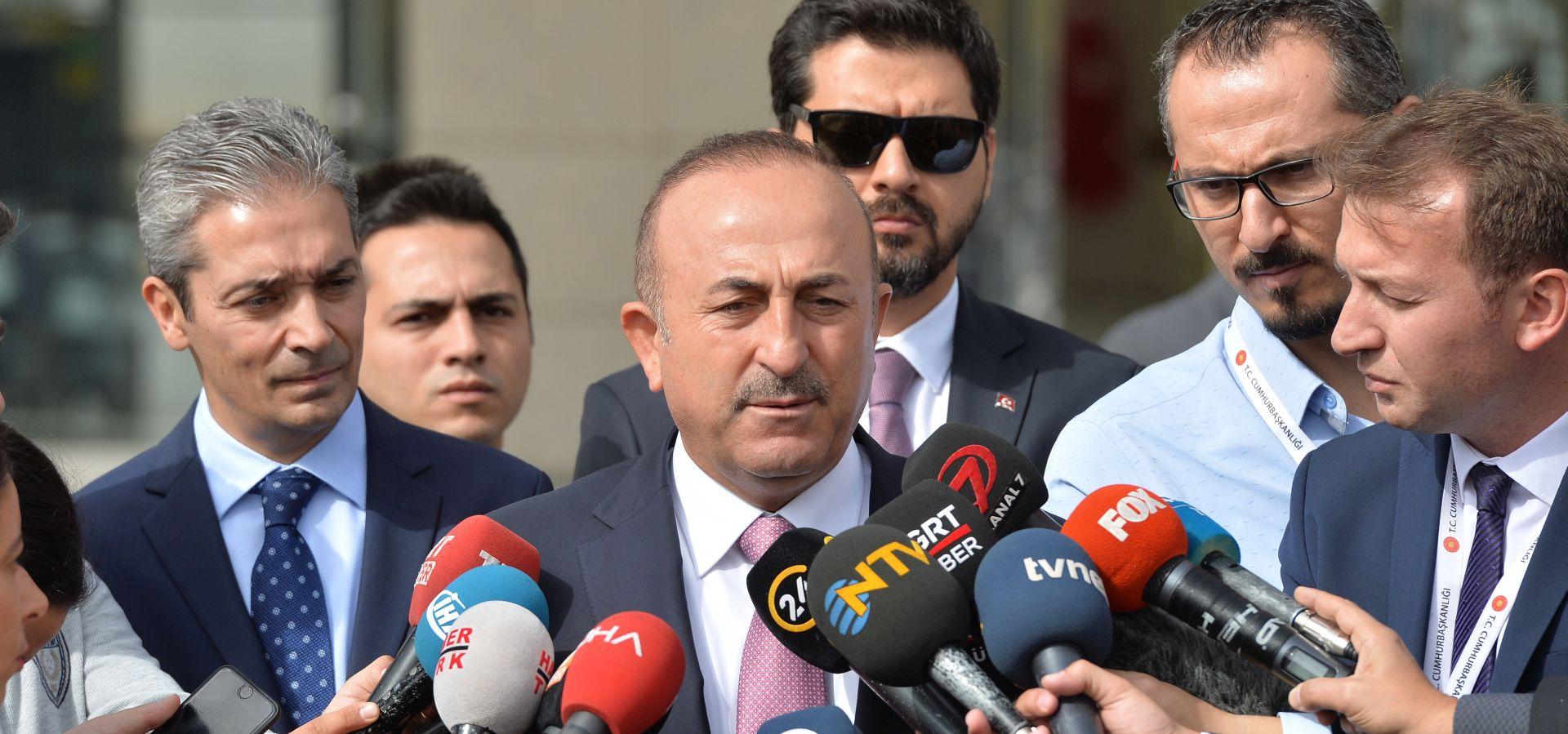 """POMPEO """"Razmišljamo o ukidanju sankcija Turskoj"""""""
