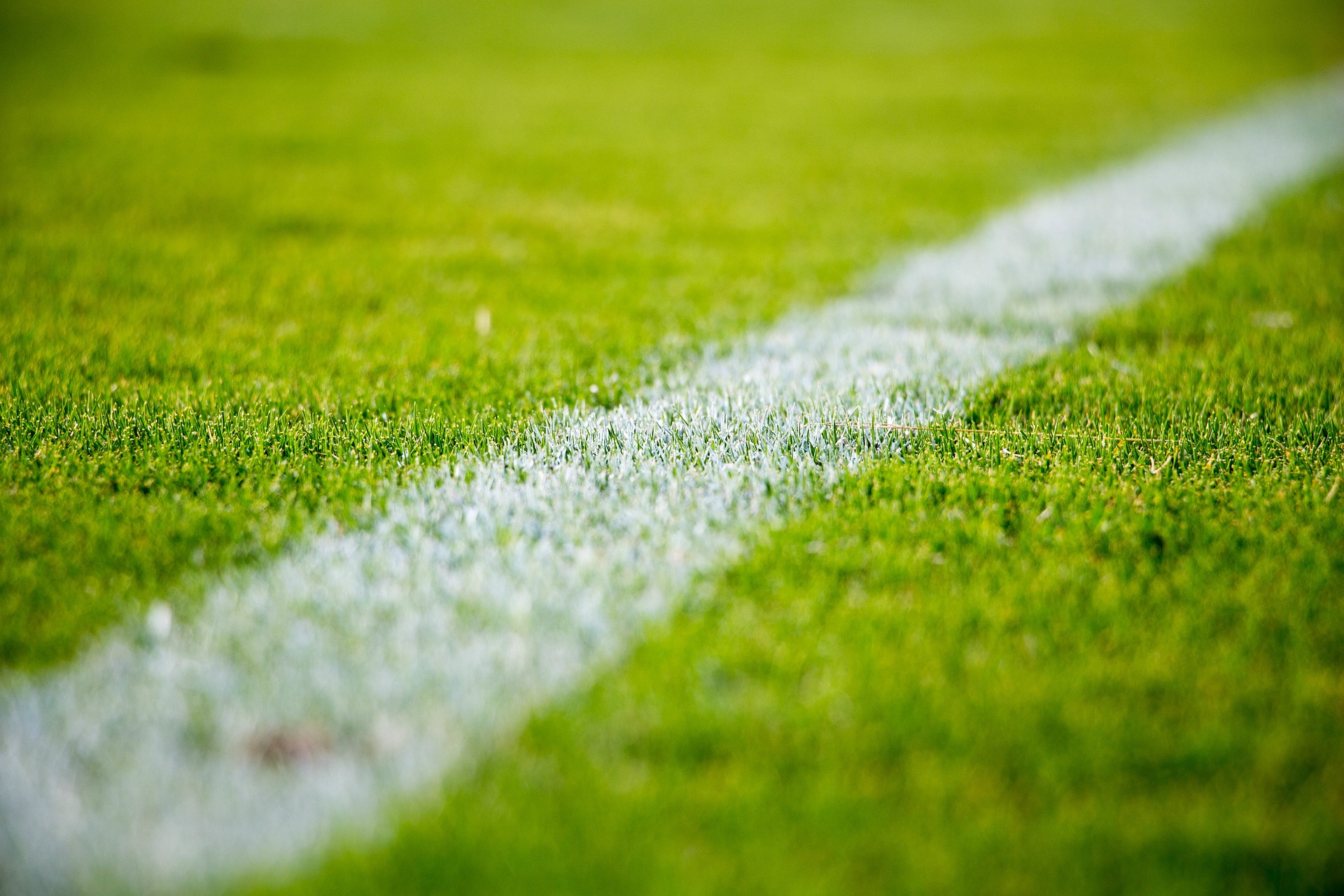 Porazi Anderlechta i Fenerbahcea, remi Spartaka, gol Santinija