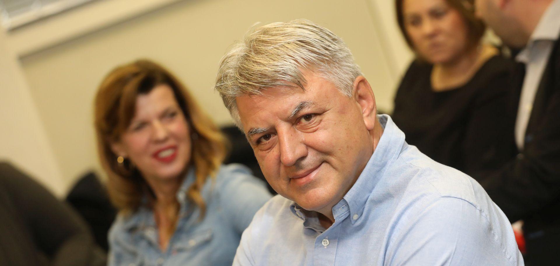"""KOMADINA """"SDP nema vremena za popravljanje rejtinga"""""""