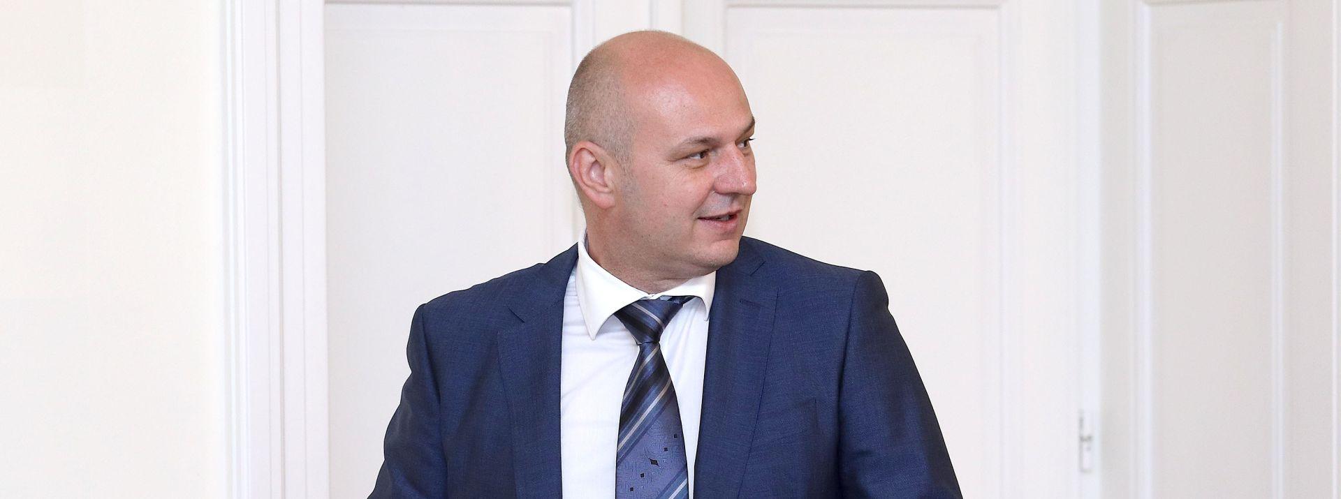 """KOLAKUŠIĆ """"Nered vlada od prvog Zakona o privatizaciji"""""""