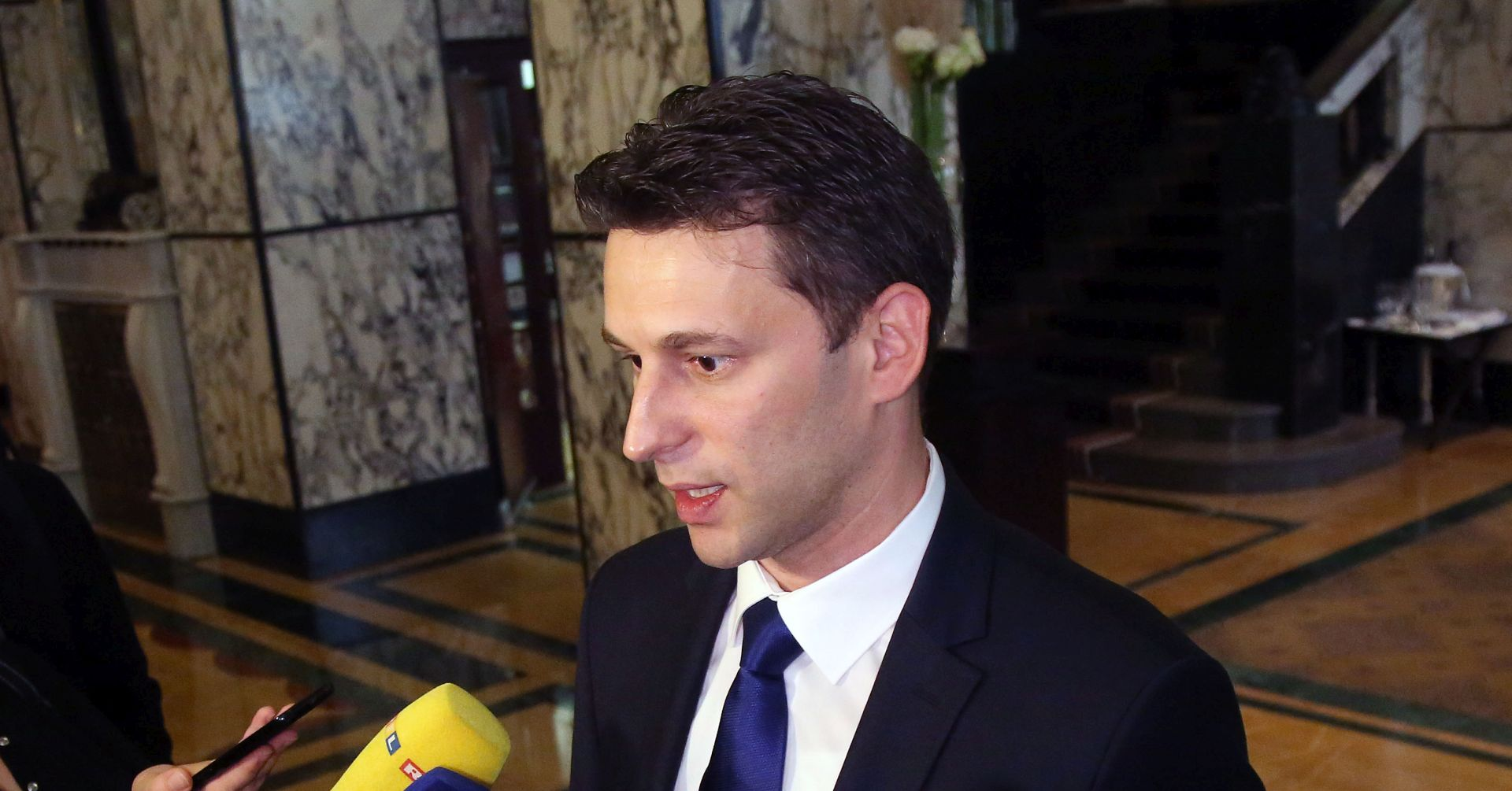 "PETROV ""Nek Todorić otvori 'Crnu bilježnicu'"""
