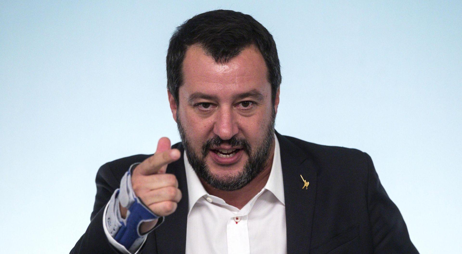 """SUD """"Salvini nije kriv za zadržavanje migranata"""""""