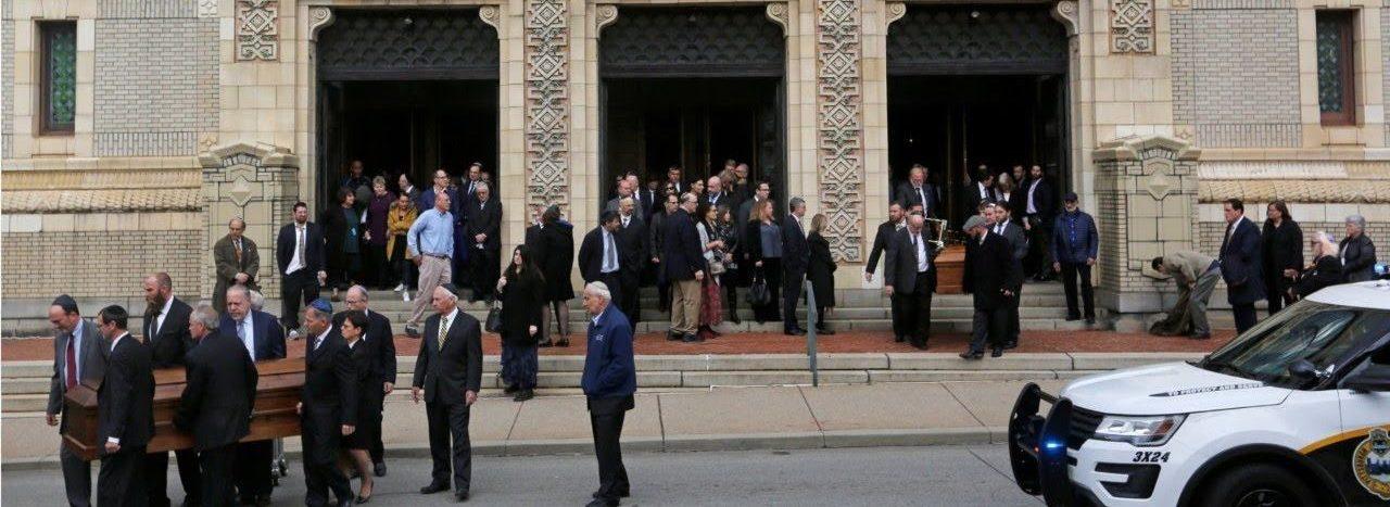 VIDEO: Održavaju se sprovodi za žrtve pokolja u sinagogi Drvo života