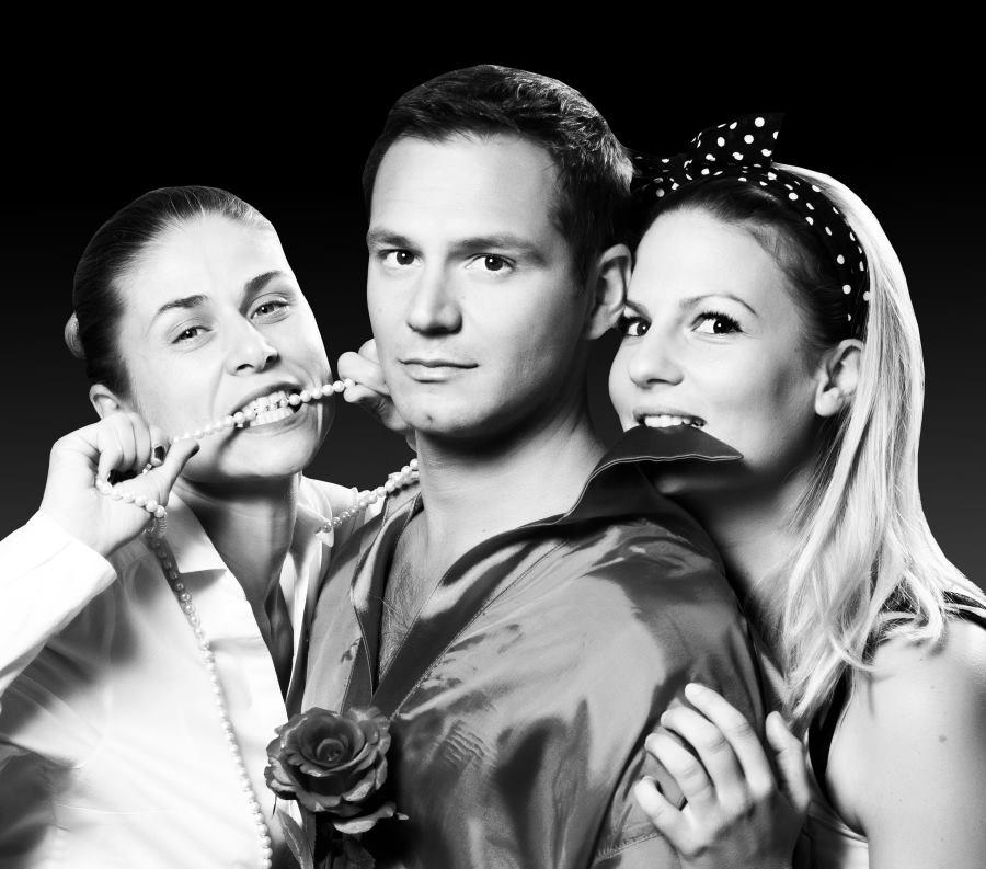 FOTO: Premijera nove predstave Hit teatra 'Julijin balkon'