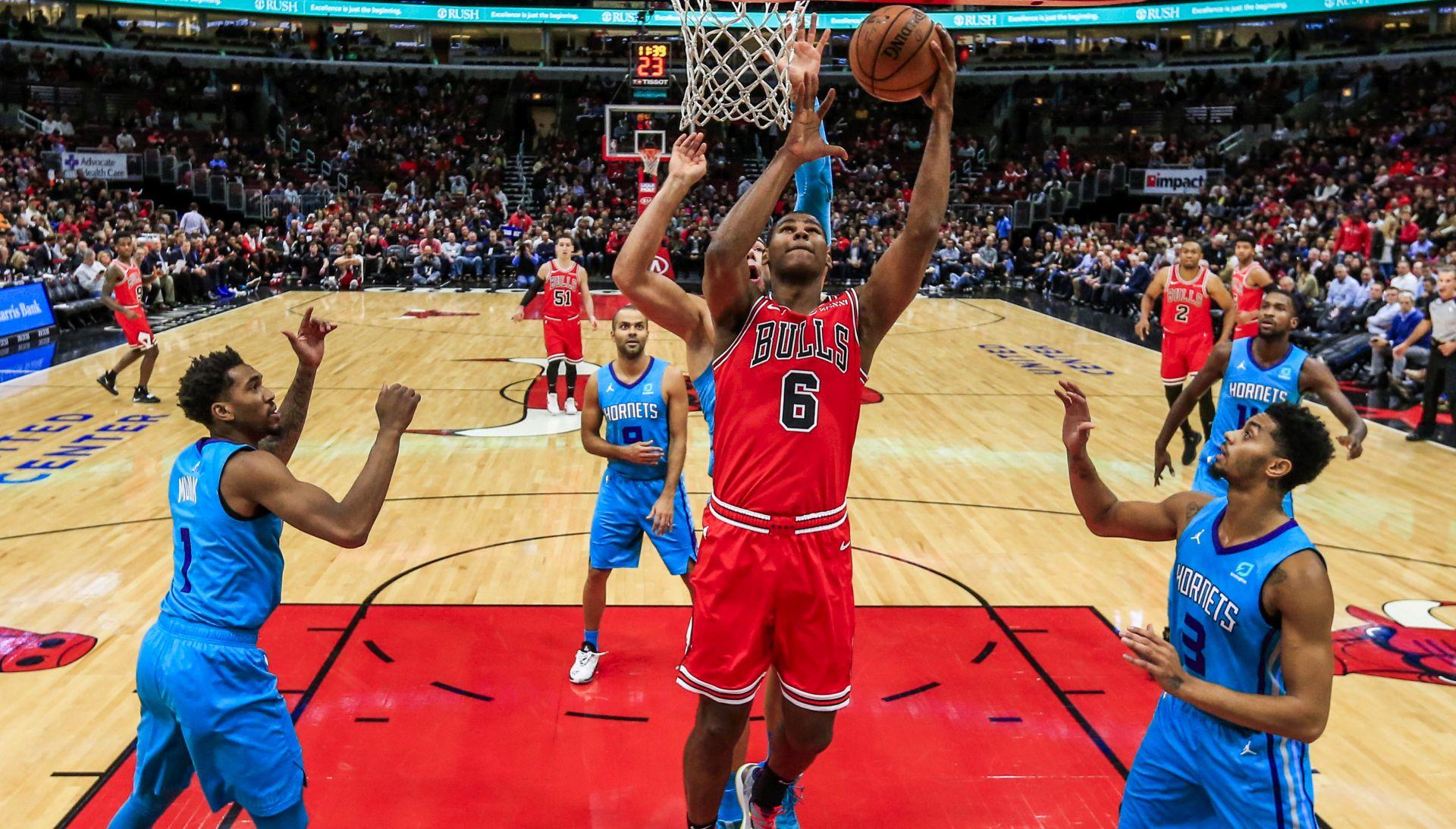 NBA Bullsi prekinuli niz poraza, Oklahoma bez Westbrooka
