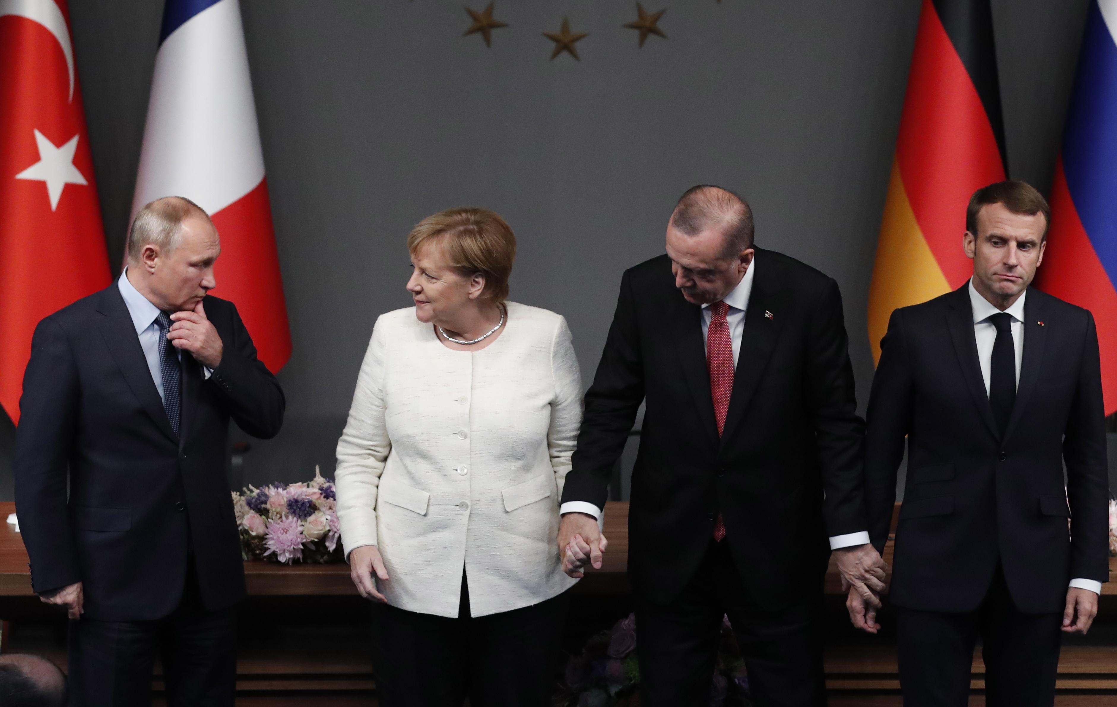 MACRON 'Europa treba pravu europsku vojsku'