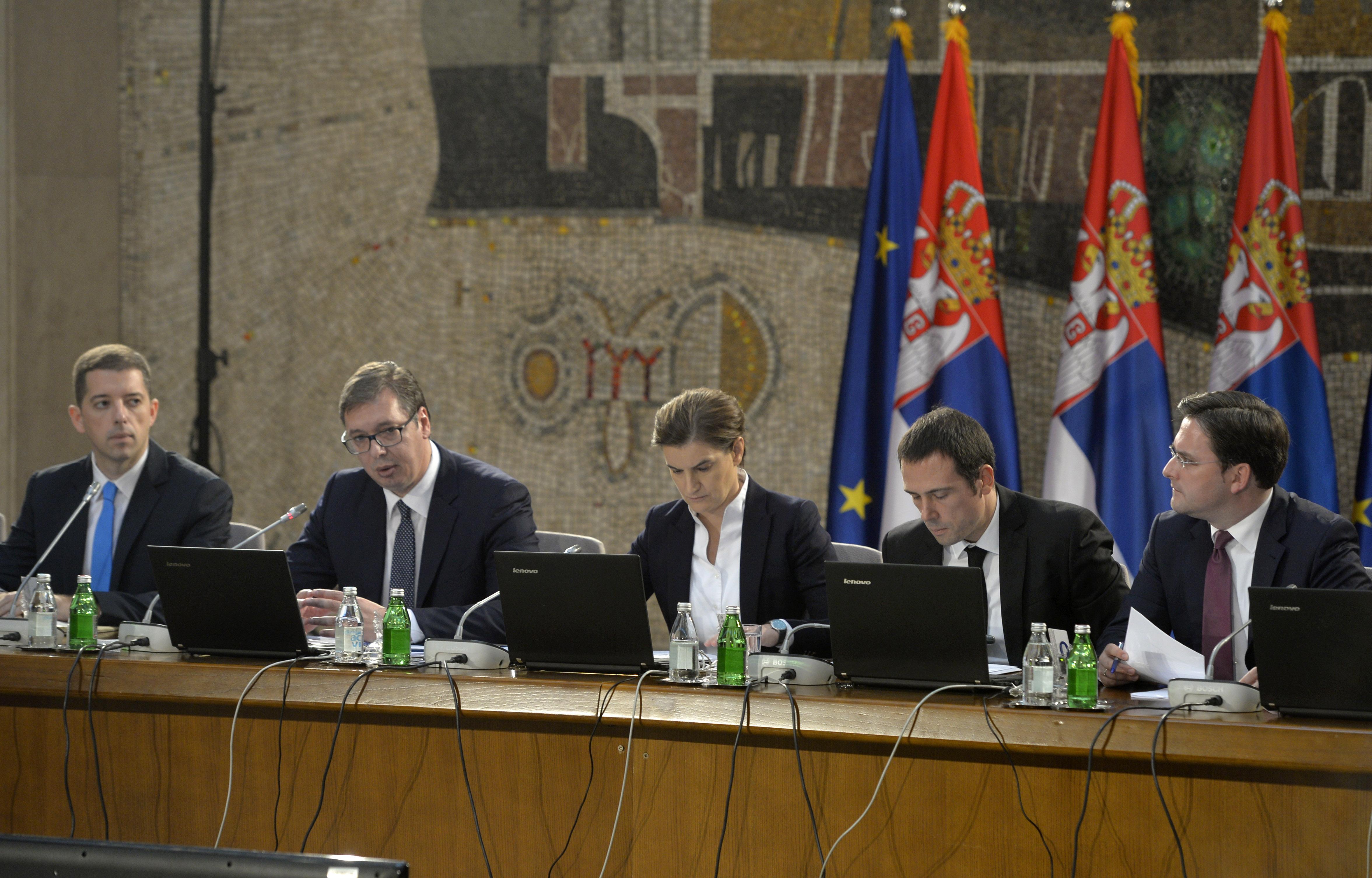 Kosovo povećalo pristojbe na robu iz Srbije i BiH, Beograd prekida dijalog