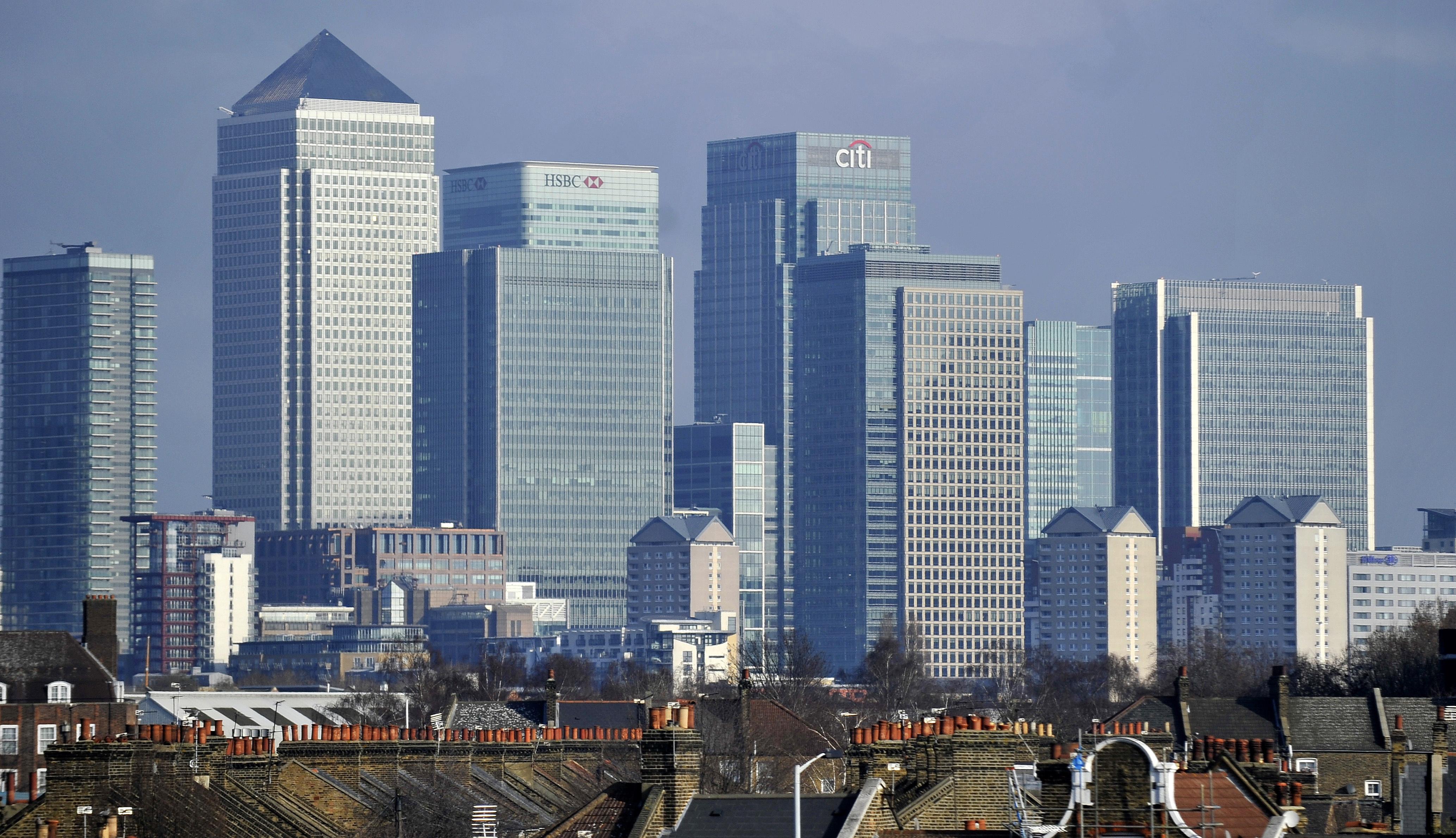 Britansku vladu mogla bi napustiti četiri ministra