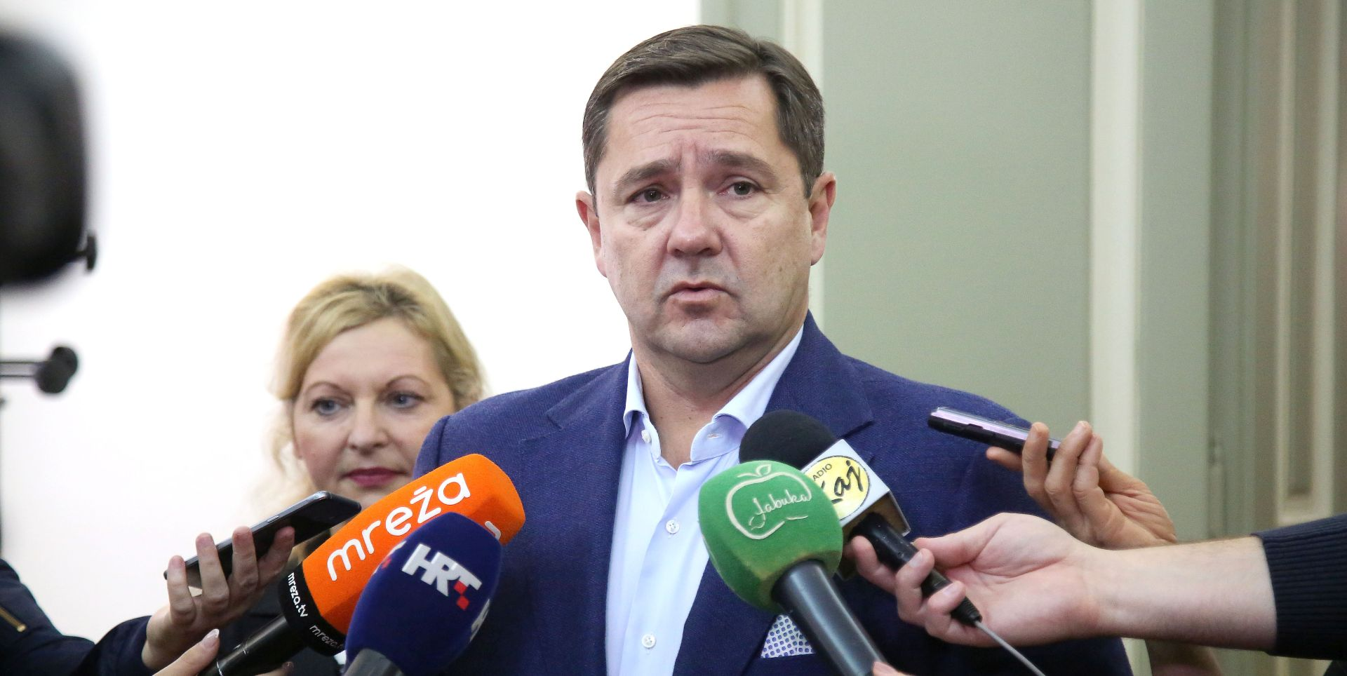 """MIKULIĆ """"Nisam čuo od Hasanbegovića da napušta koaliciju"""""""