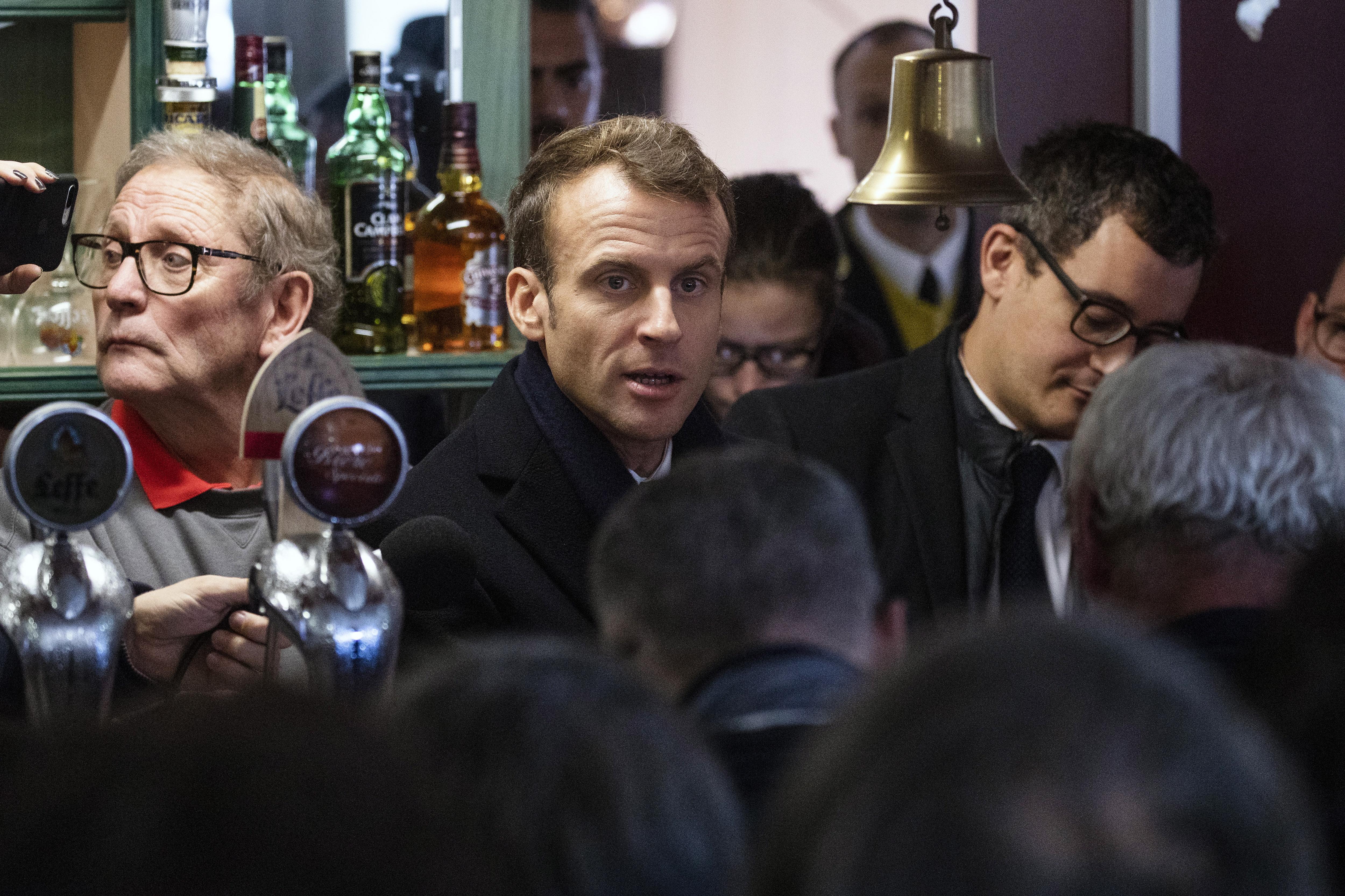 Francuski gradonačelnici će biti informirani o radikalnom islamizmu
