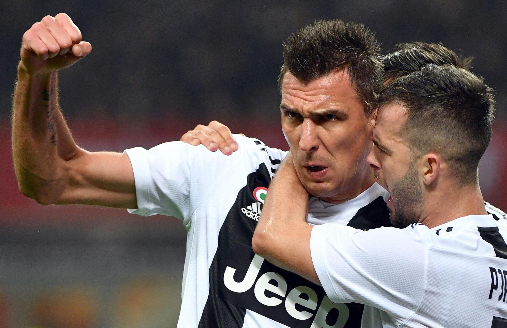 Juventusu derbi s Milanom, Mandžukić strijelac