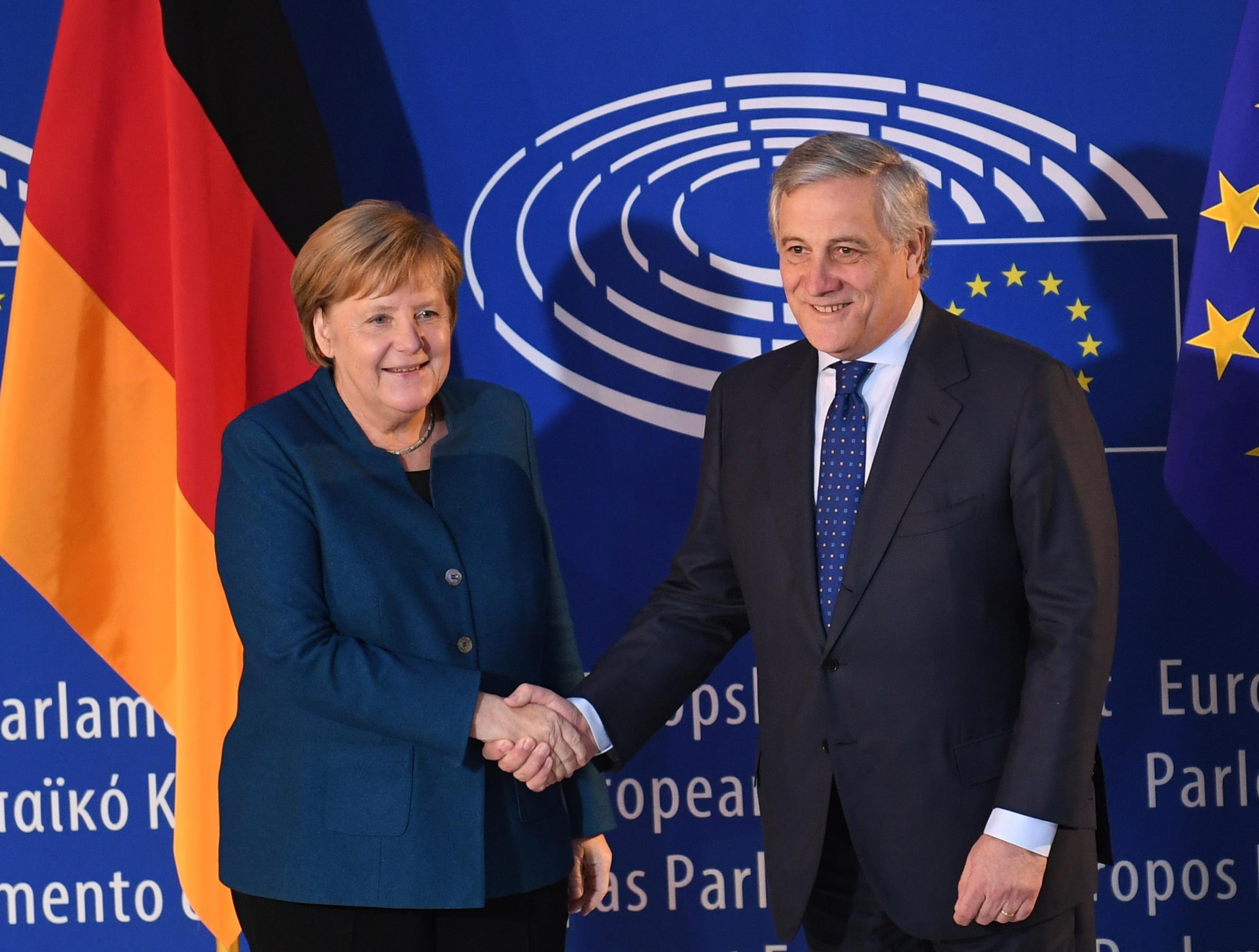 Merkel u Europskom parlamentu pozvala na zajedništvo i solidarnost