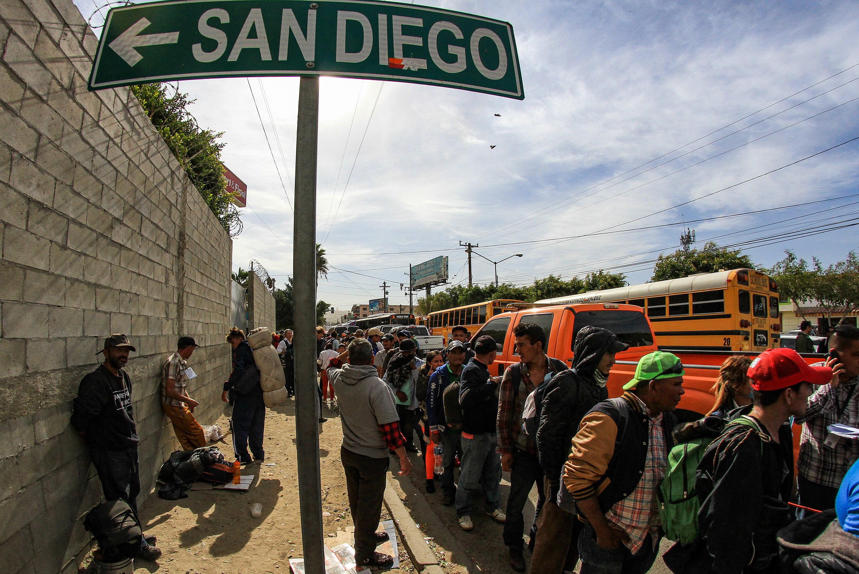 Migranti u Tijuani pritisnuti s obje strane granice