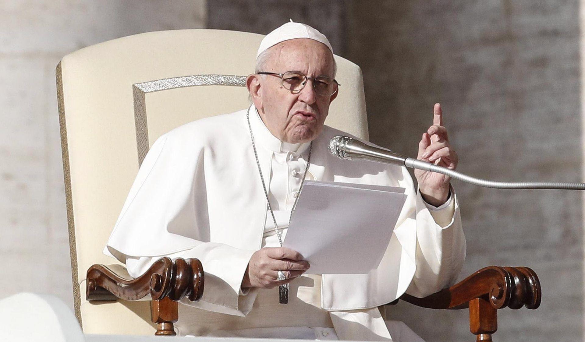 """Papa osudio galamu bogataša koja zatomljuje """"krikove siromaha"""""""