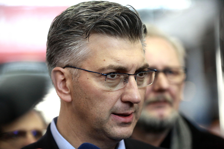 PLENKOVIĆ 'Dobro je da čelnik SDSS-a ide u Vukovar'