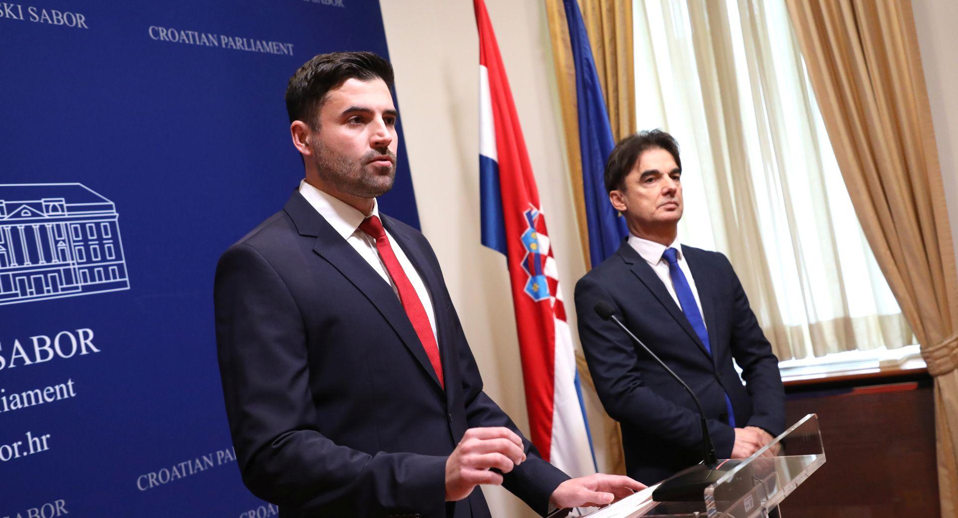 """BERNARDIĆ """"Vladina porezna reforma je prodavanje magle"""""""