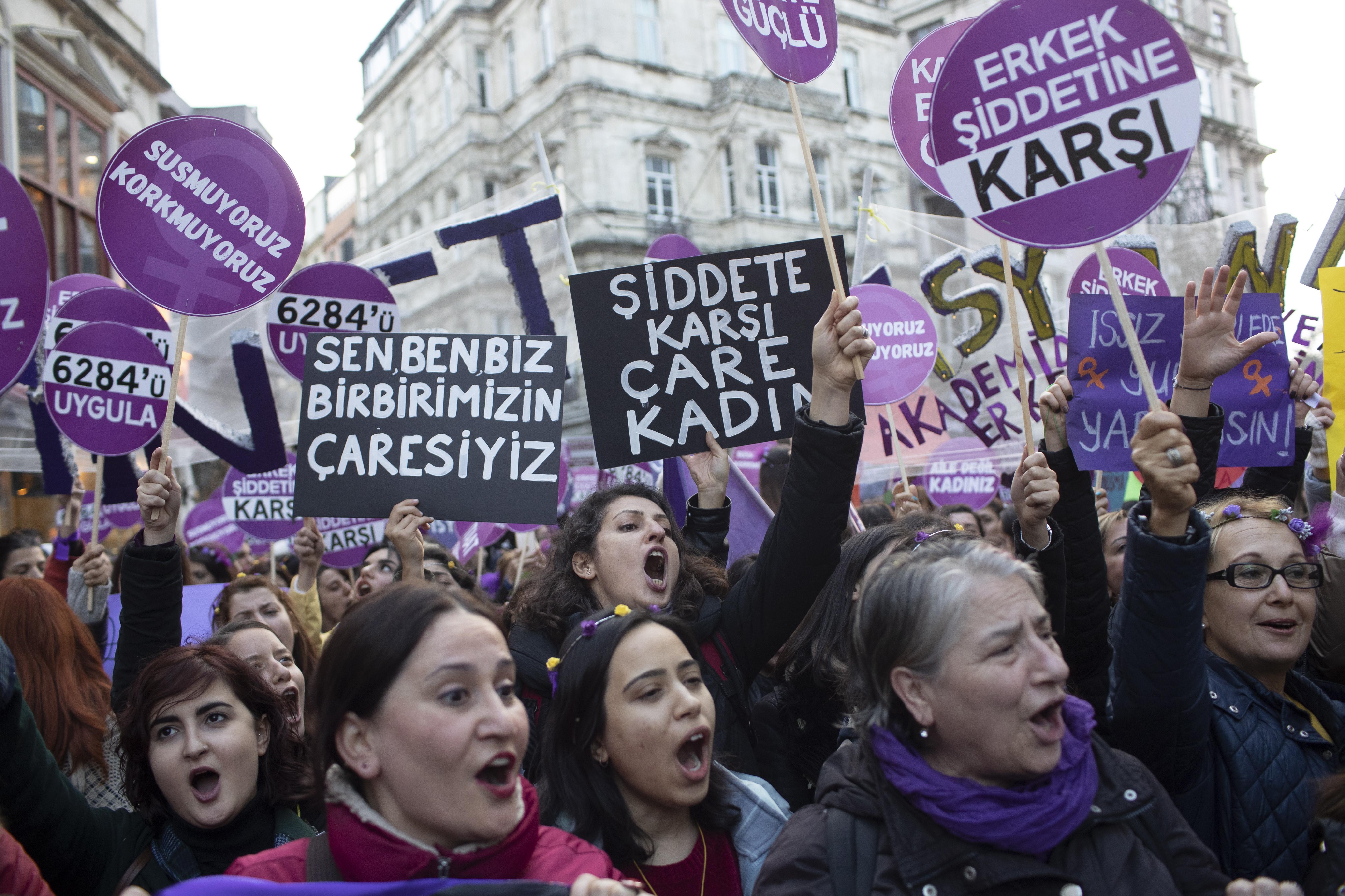 Turska policija rastjerala marš protiv nasilja nad ženama