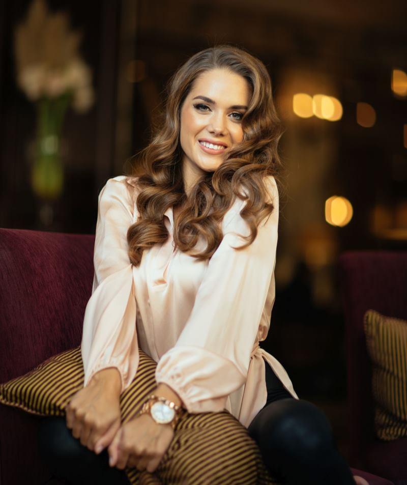 MISS UNIVERSE Mia Pojatina putuje na Tajland s nacionalnim kostimom 'Zlatna dolina'