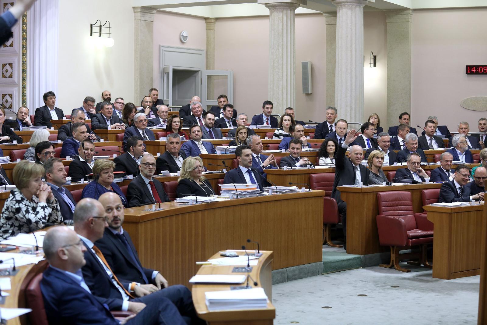 Sabor u četvrtak o udomiteljstvu i o SDP-ovoj interpelaciji