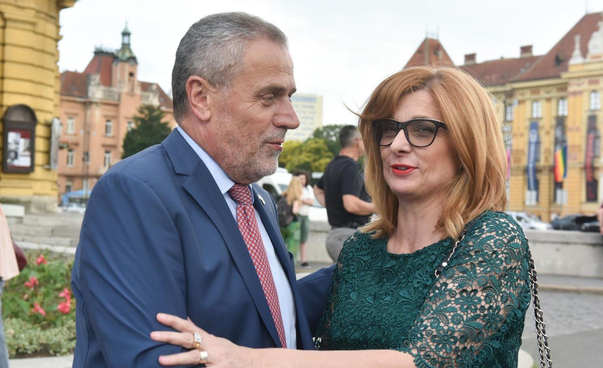 'Ana Lederer putuje izvan Zagreba da bi izbjegla Bandića'