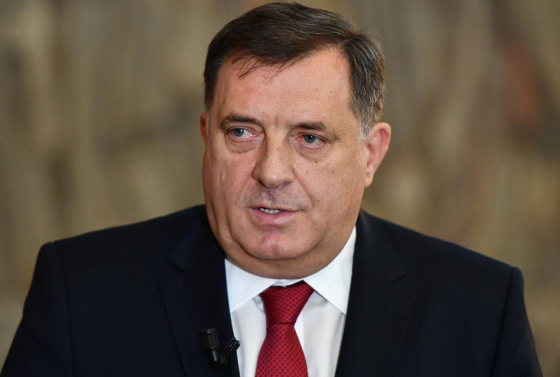 Raspada se oporbena koalicija protiv Dodika