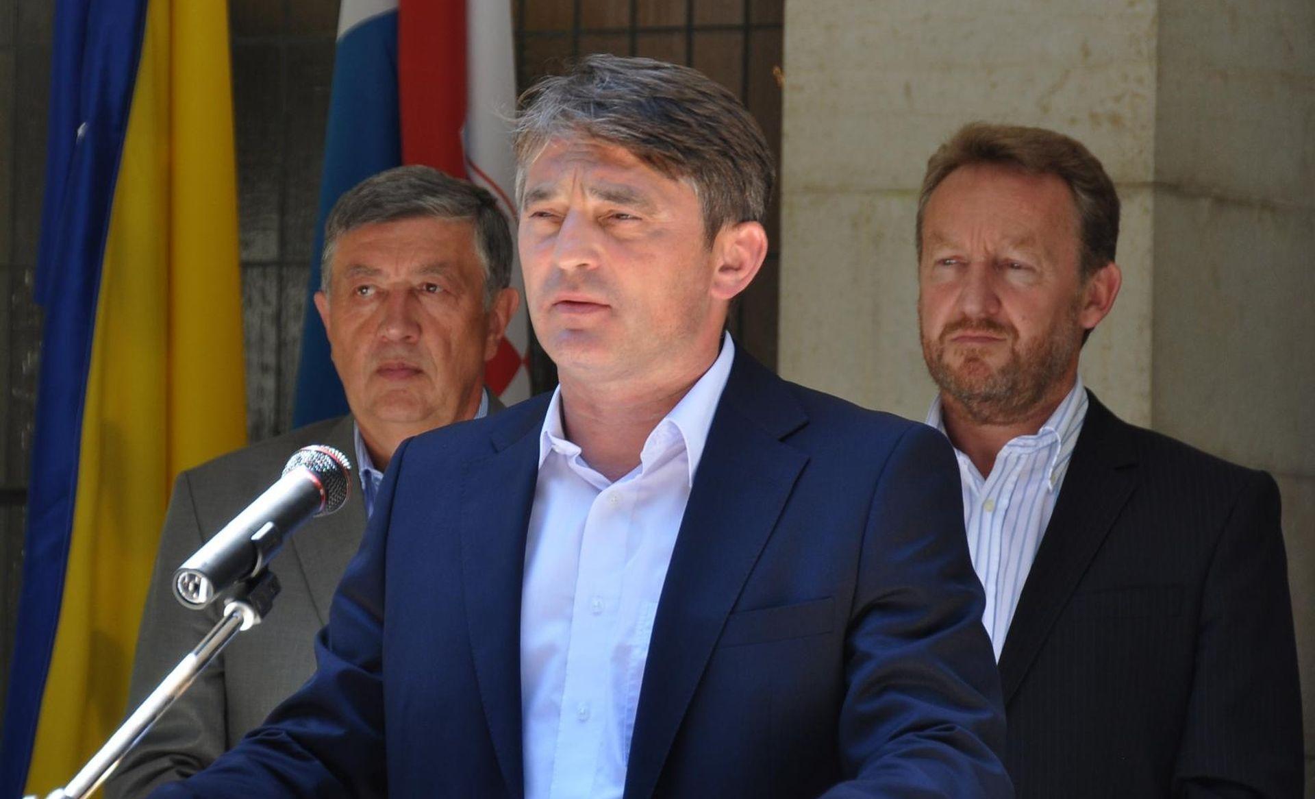 Komšić u 'službenom posjetu' Zagrebu, nije poznato kod koga