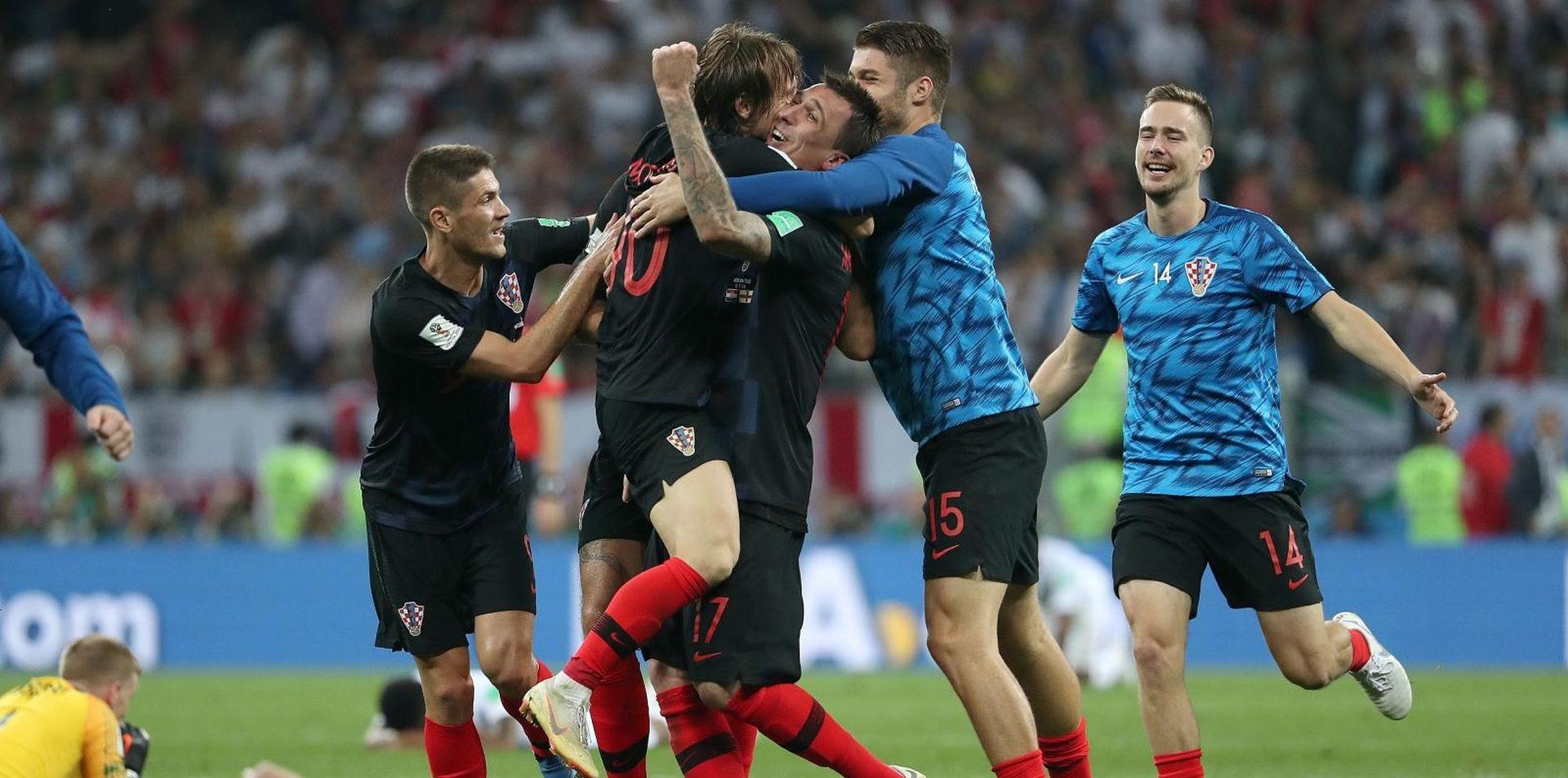 OD 15 SATI Deseti ogled Hrvatske i Engleske