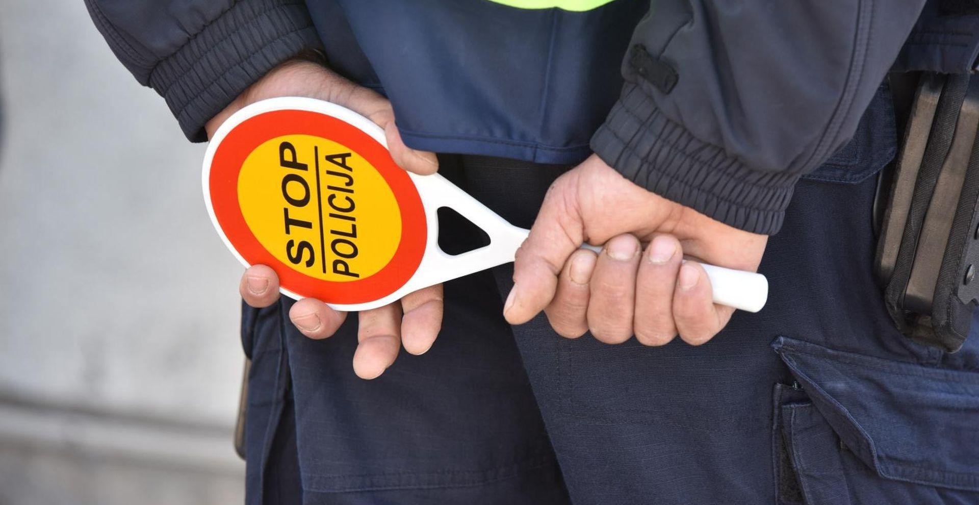 Na autocesti od Karlovca prema Zagrebu poginula jedna osoba