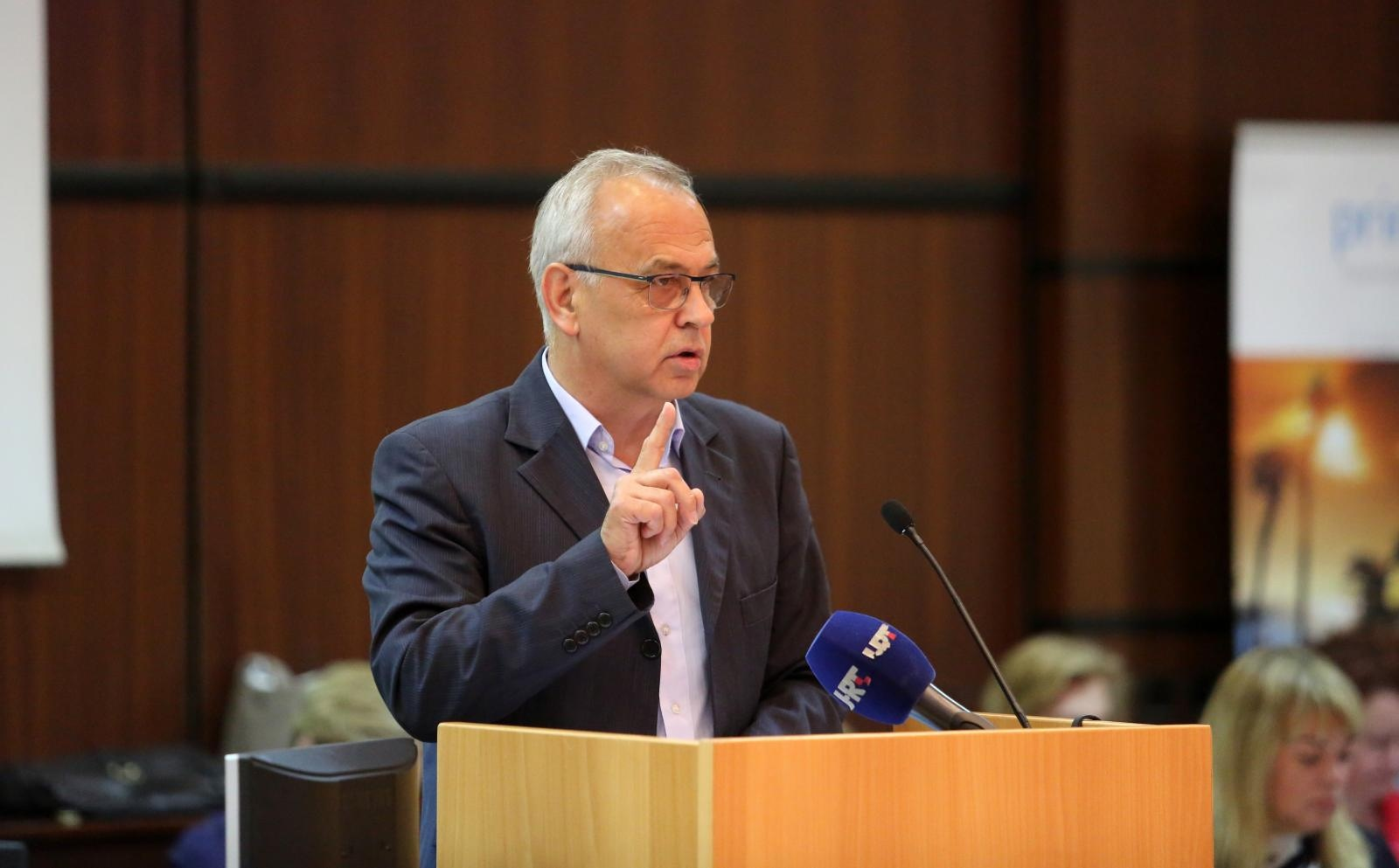 BEAKOVIĆ 'Župan Komadina županiju vodi kao kartel'