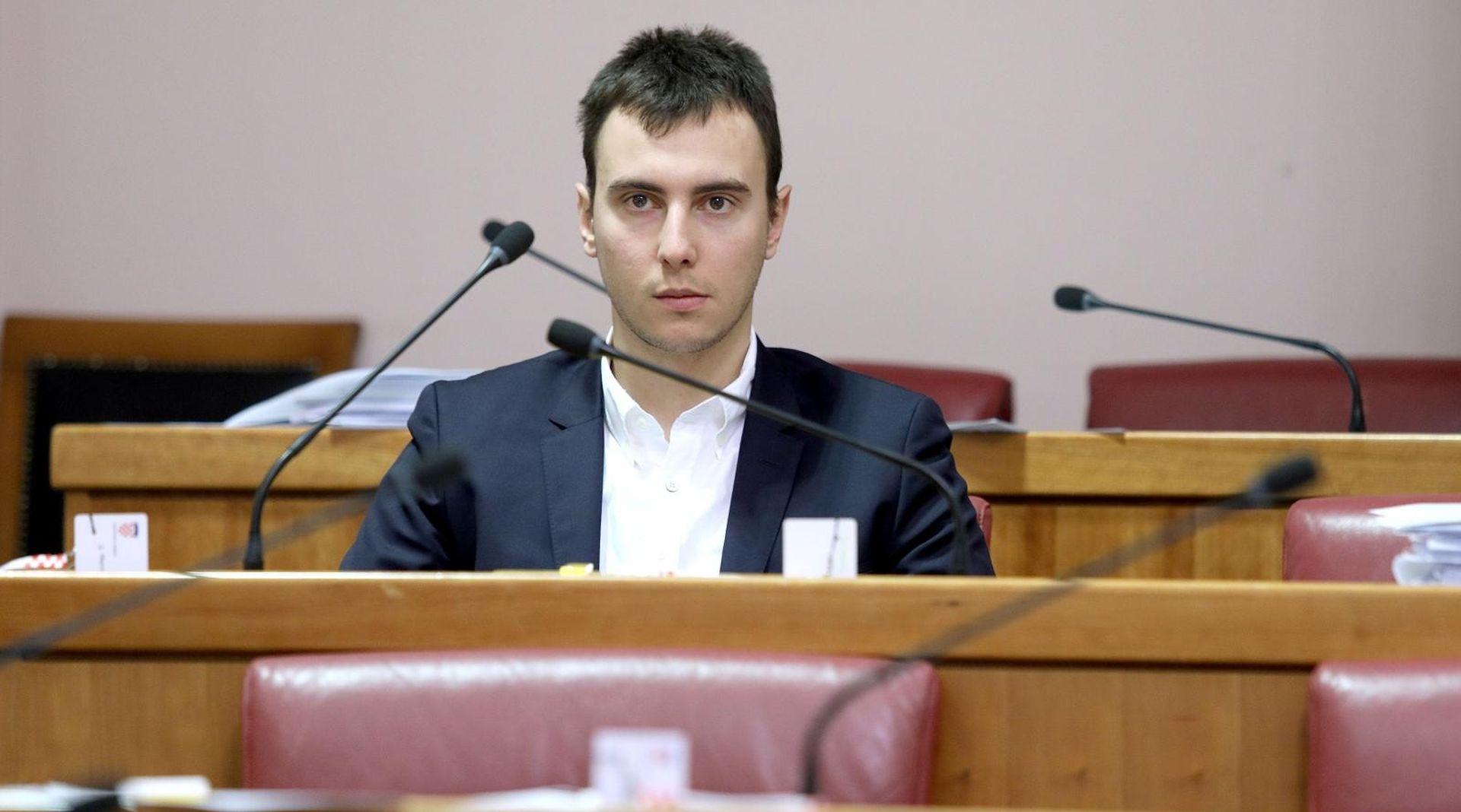 ŠKIBOLA 'Za stanje u '3. maju' krivi i SDP i HDZ'