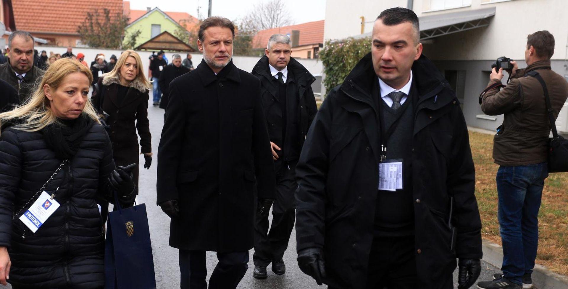 """JANDROKOVIĆ """"Vukovar poruka svijetu da je rat najgore rješenje sukoba"""""""