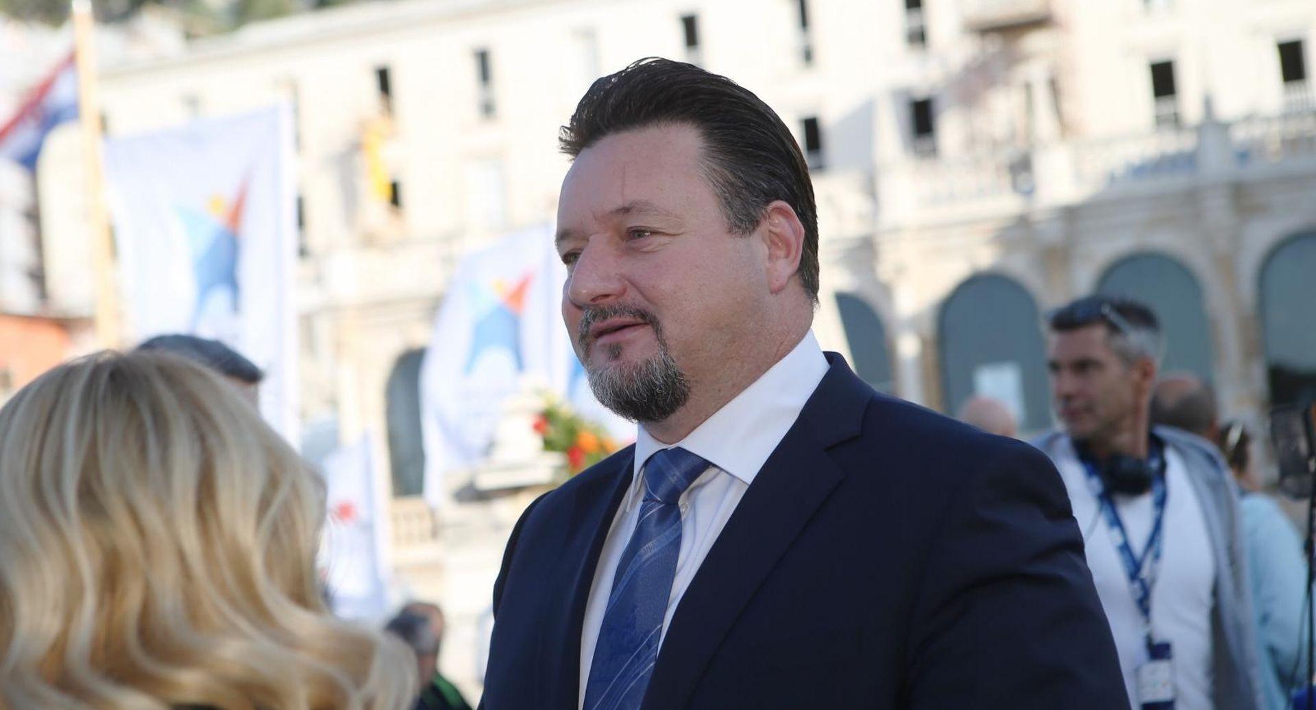 """KUŠČEVIĆ """"Novi zakon bolje će urediti rad Povjerenstva"""""""