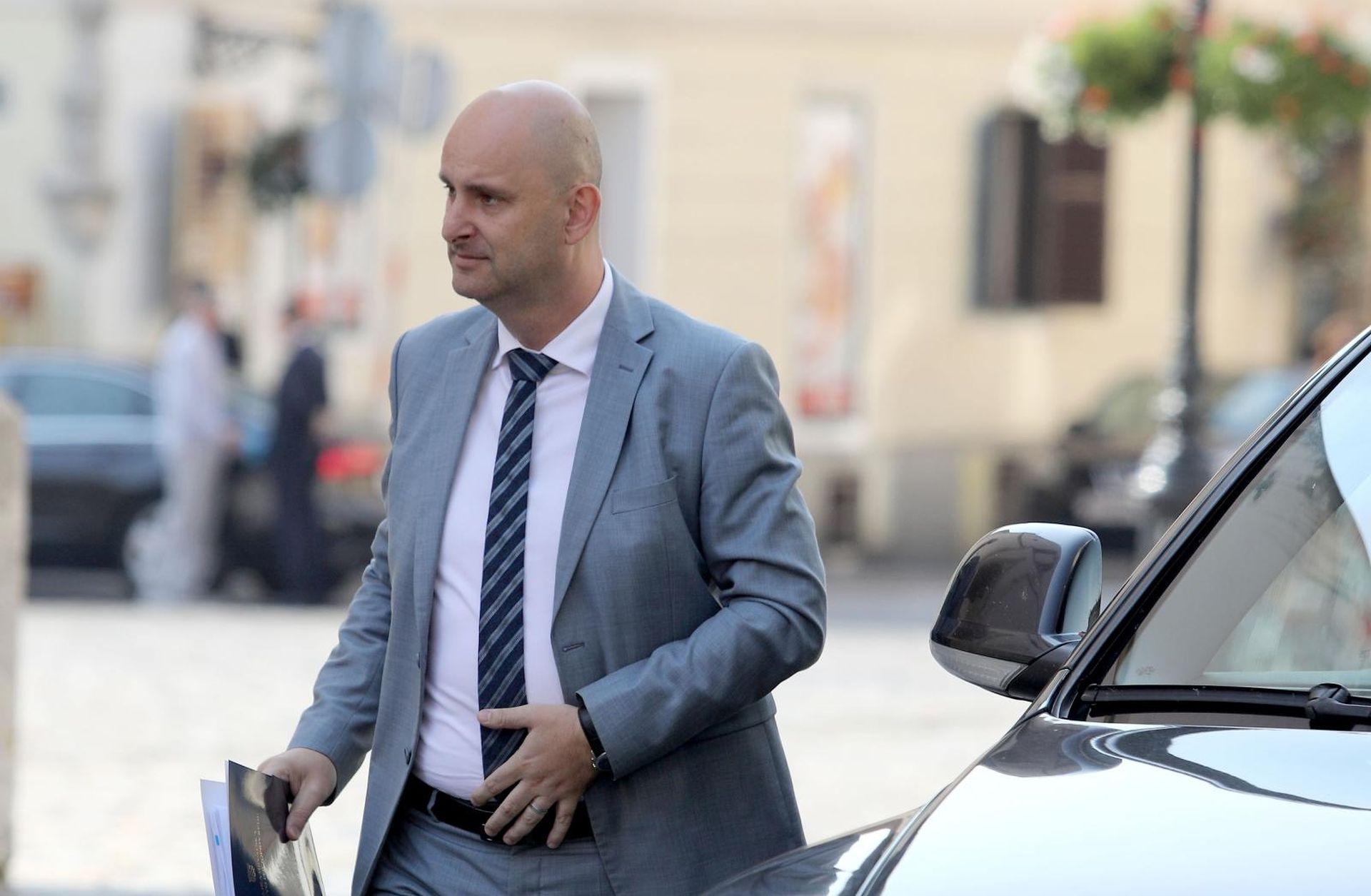 Tolušić kaže da je seljacima isplaćeno 30% EU novca, dobili 21%