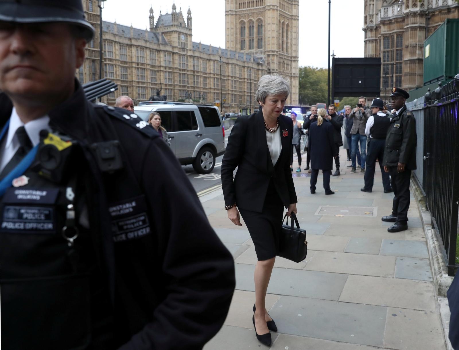 """May neće pristati na dogovor s EU-om """"pod svaku cijenu"""""""