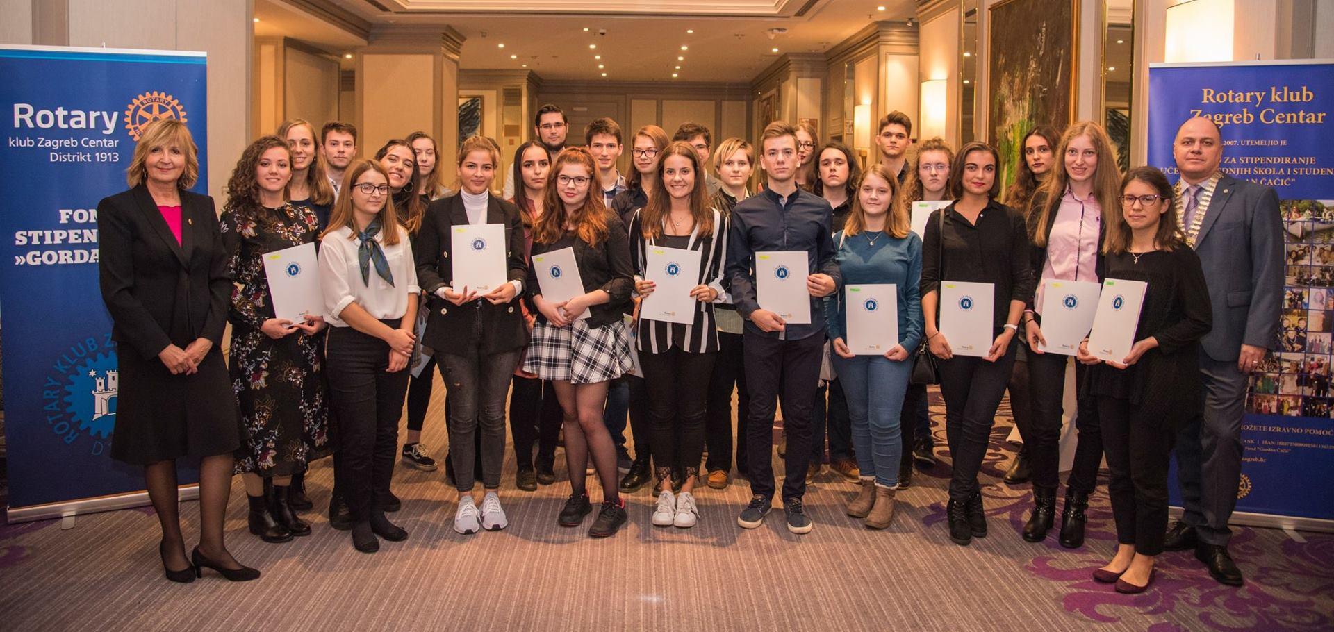 Rotary klub Zagreb Centardodijelio nove stipendije