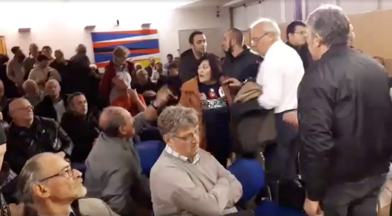"""Šibenski antifašisti prekinuli promociju knjige """"Radni logor Jasenovac"""""""