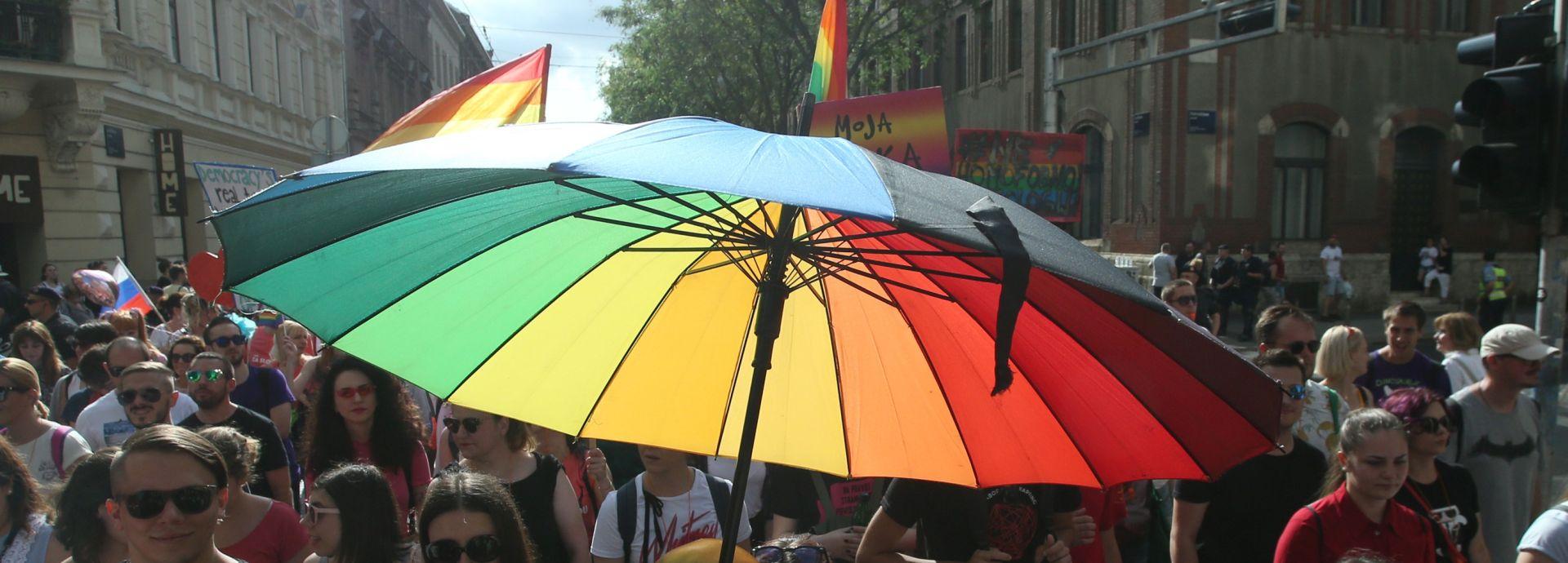 100.000 kuna bivšem zaposleniku homoseksualcu
