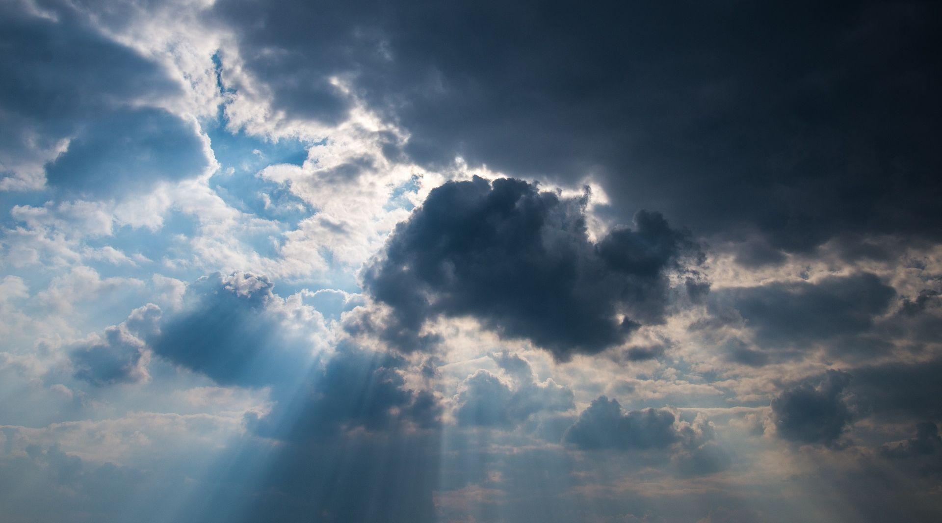 Magla i niski oblaci, poslijepodne sunčana razdoblja