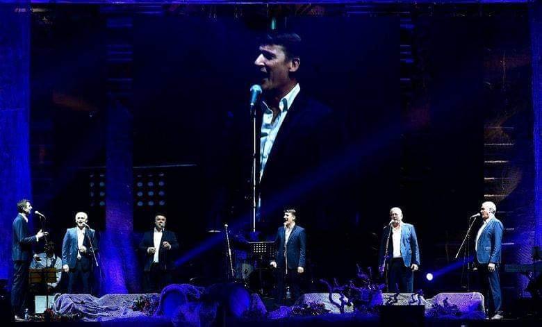 Tomislav Bralić i klapa Intrade održali tradicionalni adventski koncert u Areni Zagreb