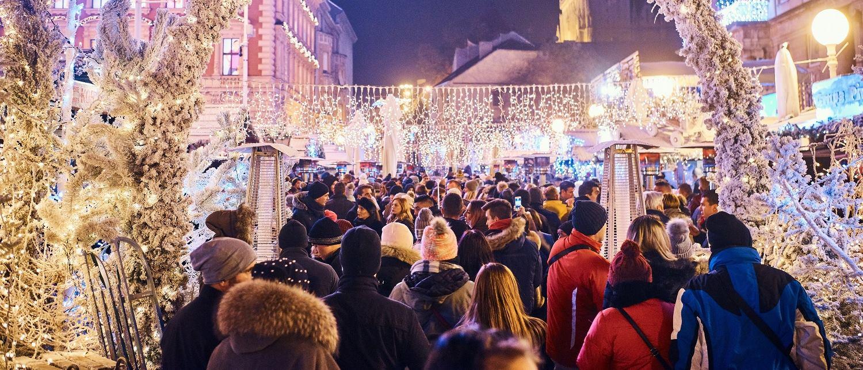 FOTO: Novogodišnji program 'Božićne bajke' u veselom ritmu