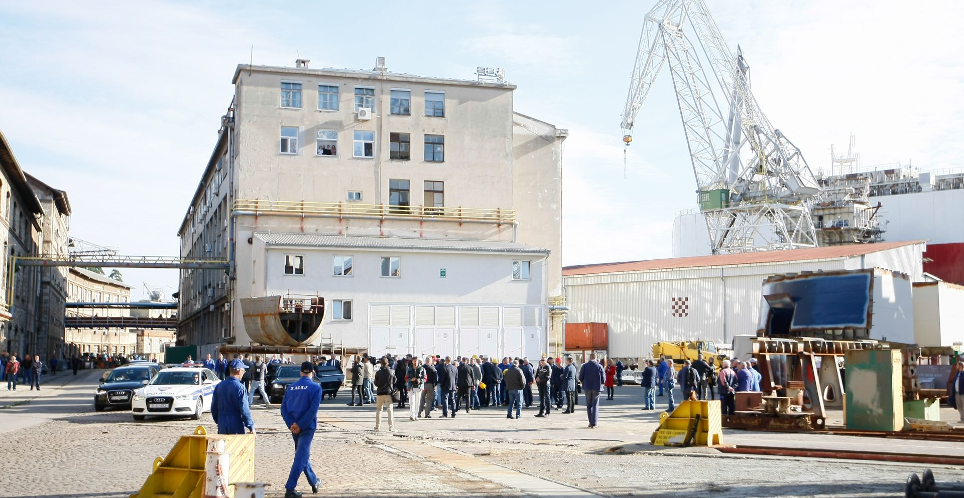 Uljanikovci štrajkaju, dopušten rad kooperantima na kruzeru