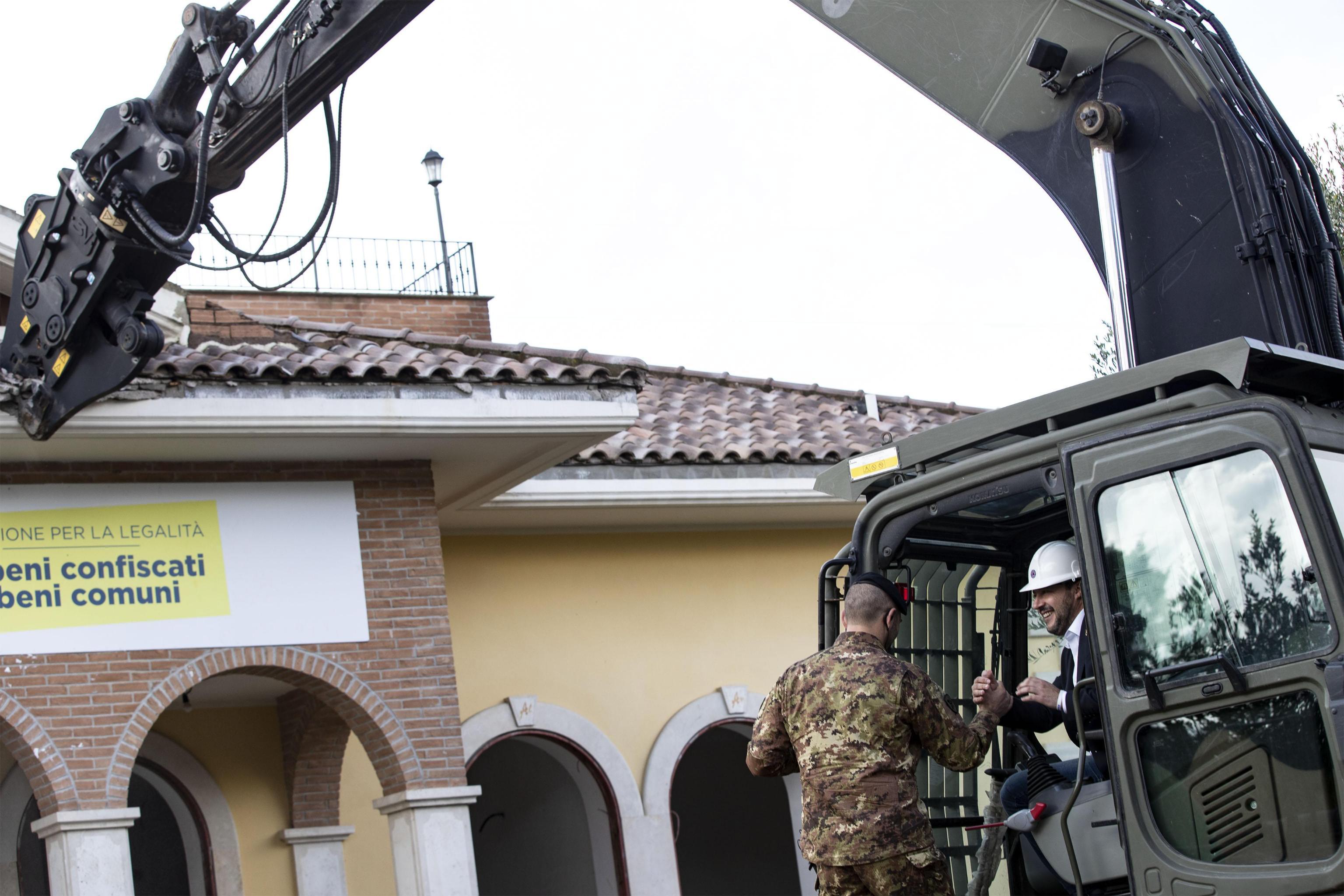 Salvini optužen da je kompromitirao policijsku akciju preuranjenim tvitom