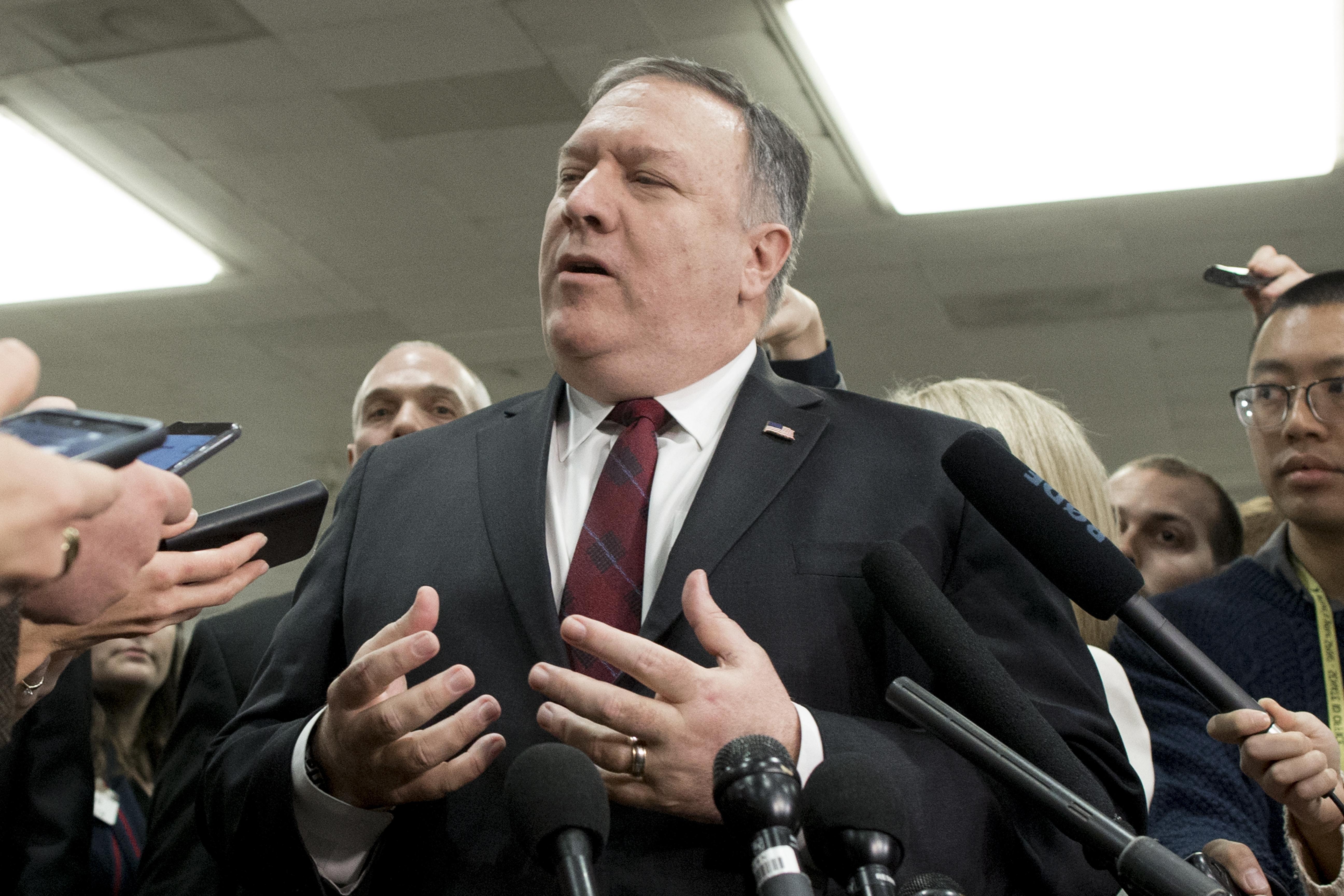 Irački premijer razgovarao s Pompeom o povlačenju SAD-a iz Sirije