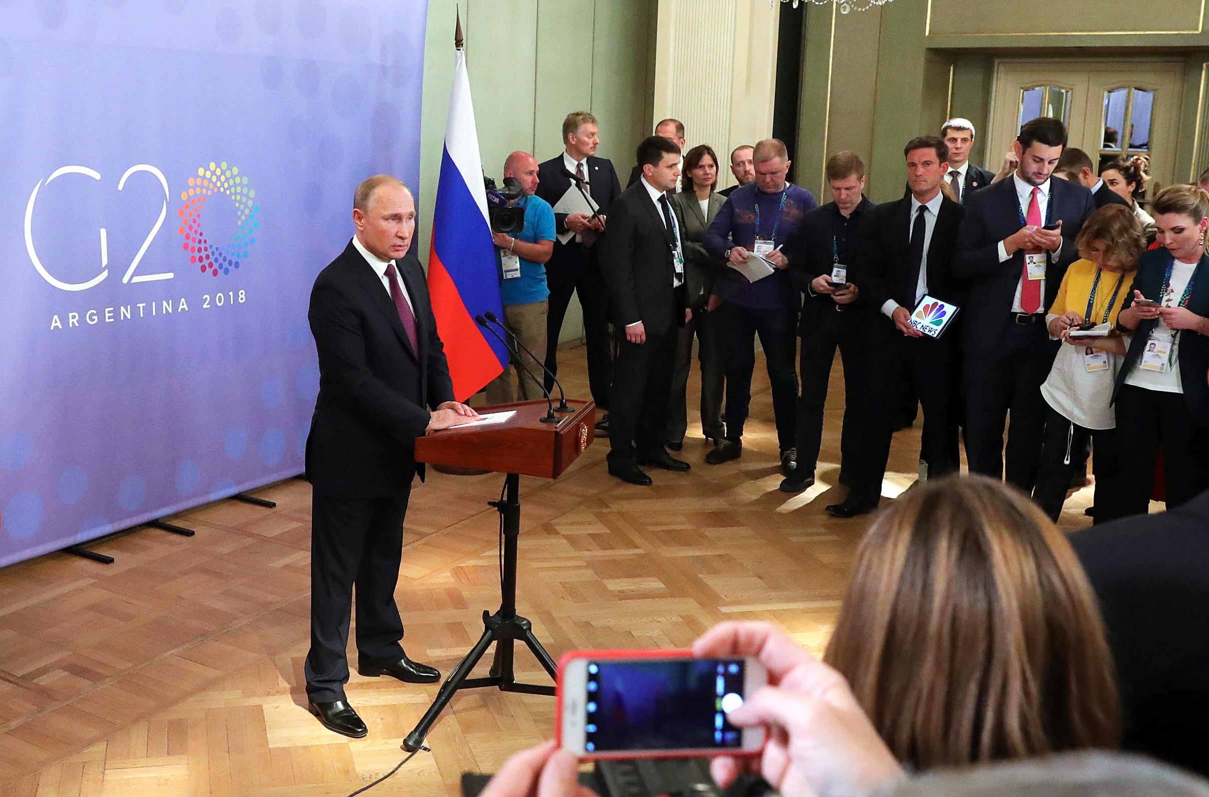 """PUTIN 'Rat će se nastaviti sve dok aktualni ukrajinski dužnosnici """"budu na vlasti"""""""