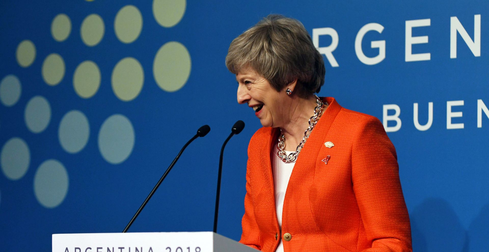 May kreće u petodnevnu raspravu o Brexitu s parlamentom