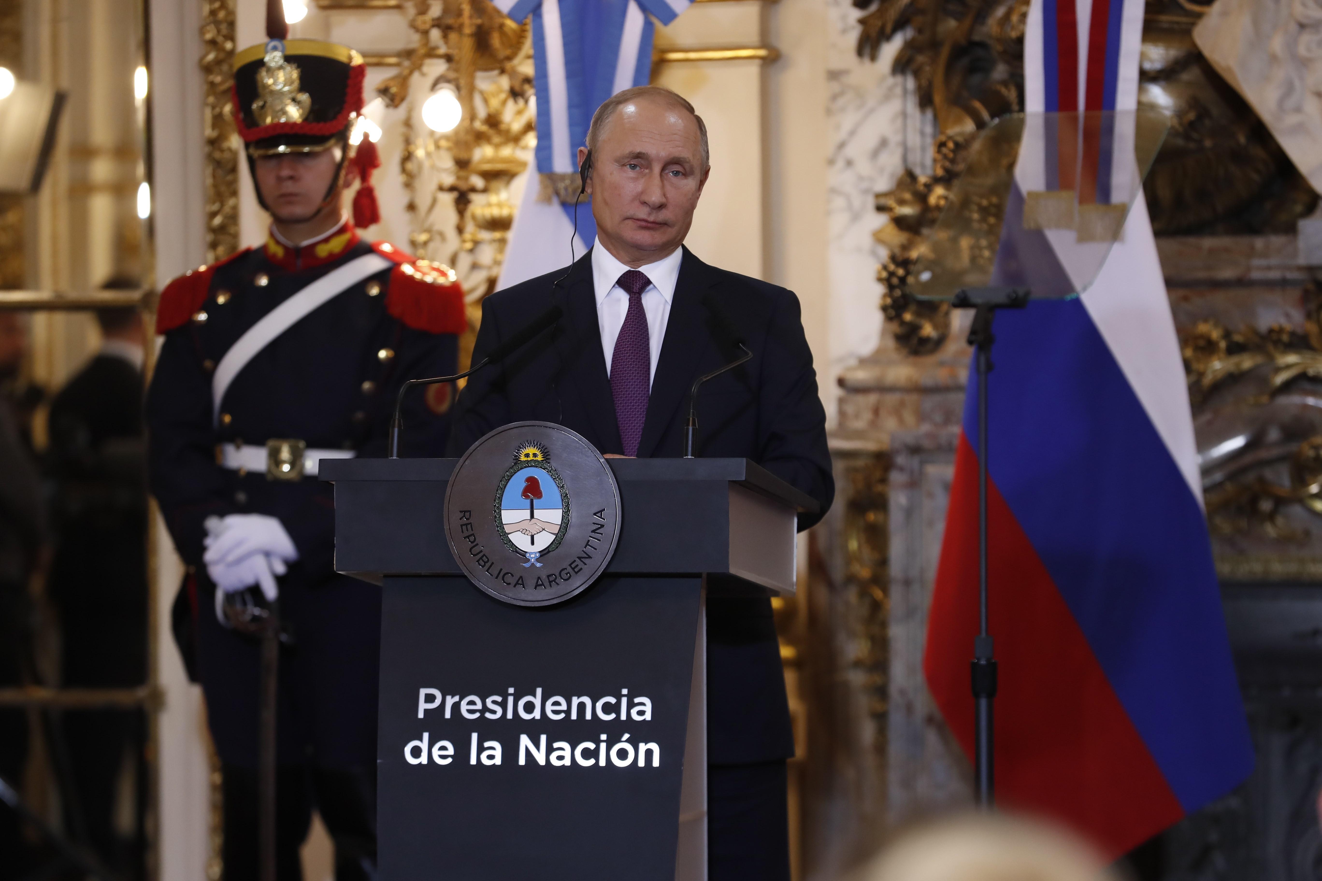 Kremlj se nada sastanku Putina i Trumpa prije lipnja iduće godine