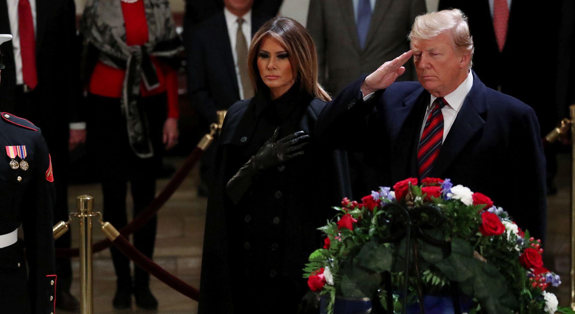 Trump na Capitol Hillu odao počast Bushu